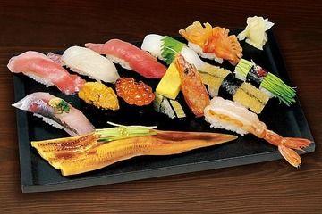 前田敦子(28)のお寿司をほおばるカオwwwwwwww