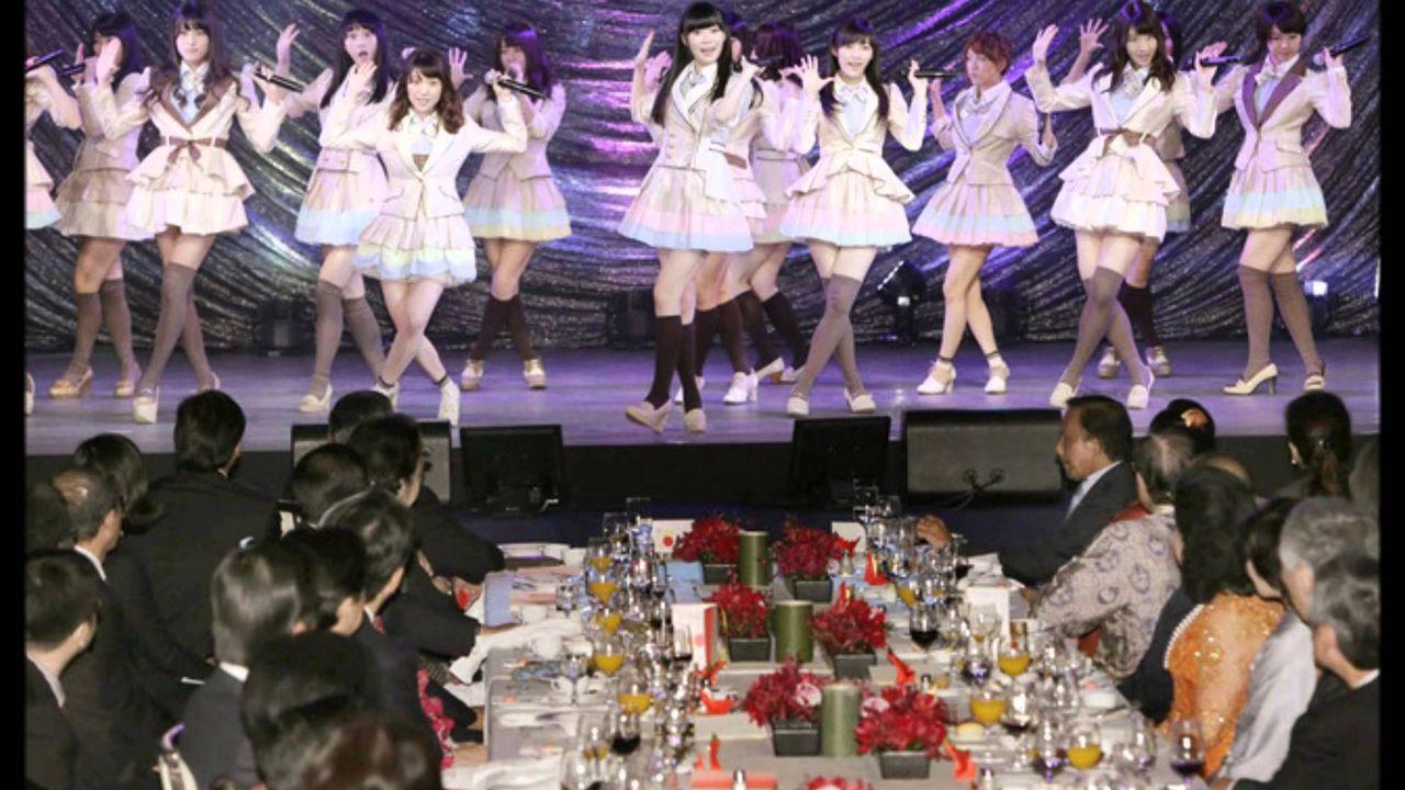 【悲報】日本人、世界各国の要人の前でクールジャパンを披露する