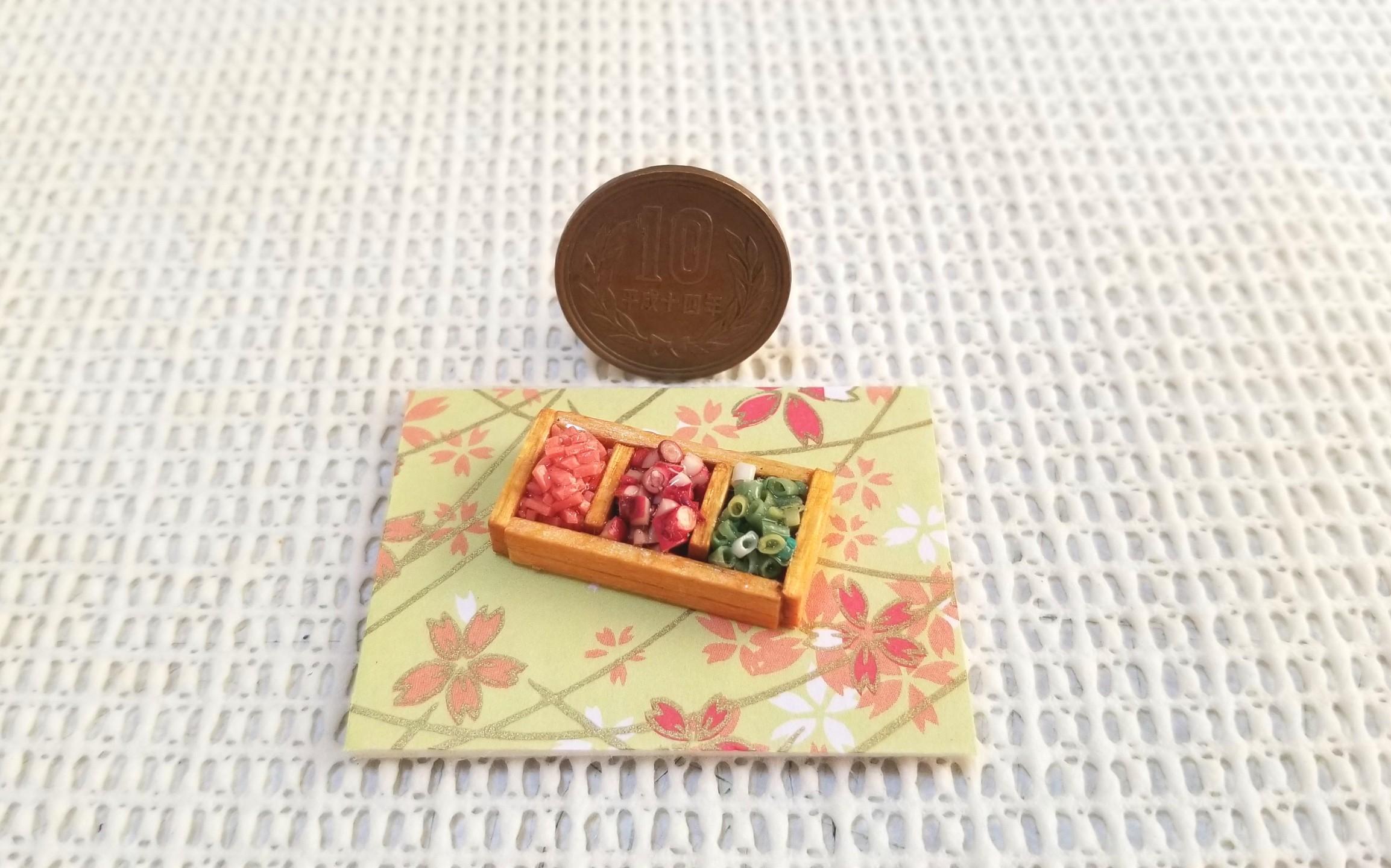 ミニチュアフード,たこ焼き,薬味,ねぎ,タコ,樹脂粘土,木箱,オビツ11