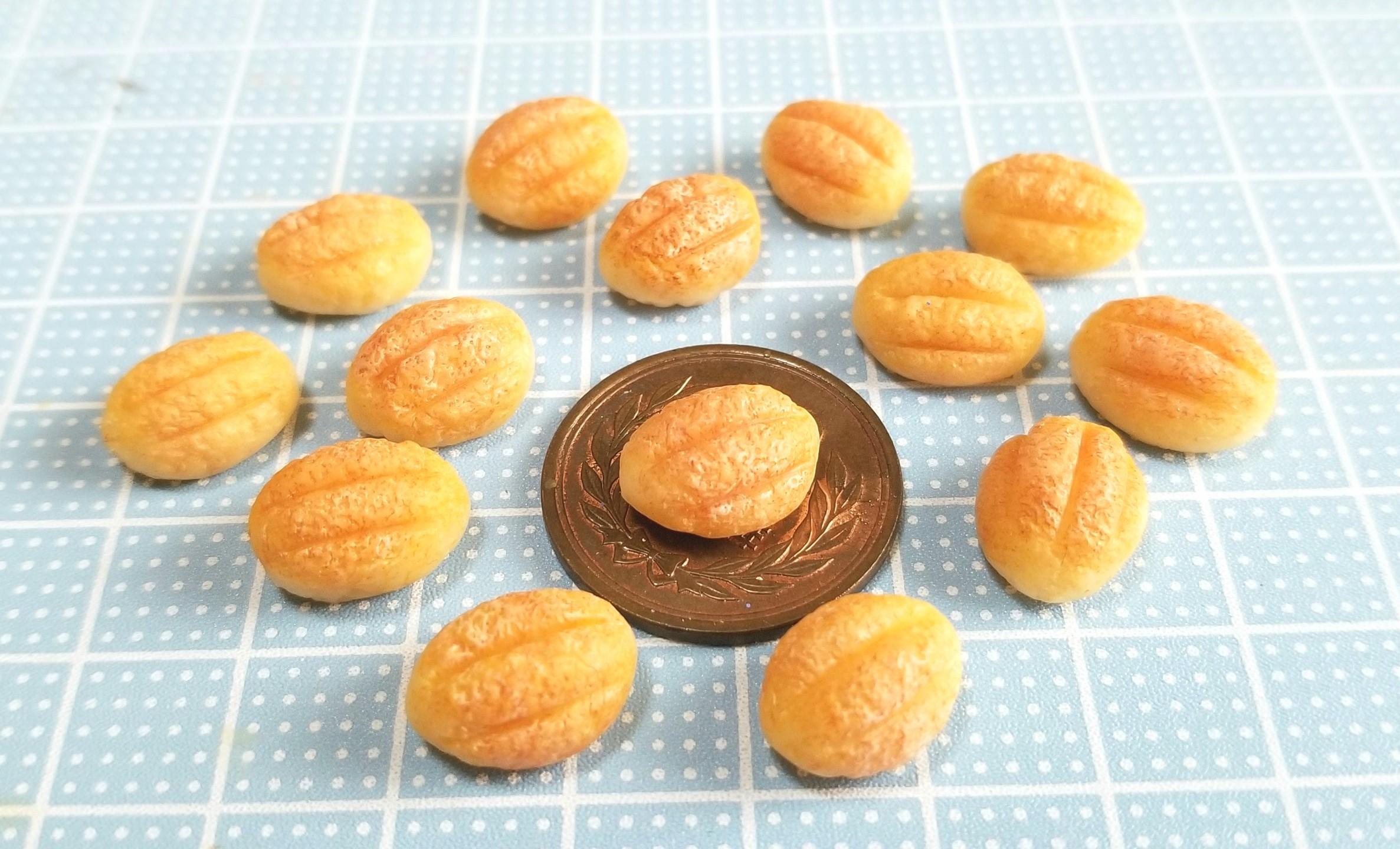ミニチュアフード,食品サンプル,樹脂粘土,アーモンドパン,人形