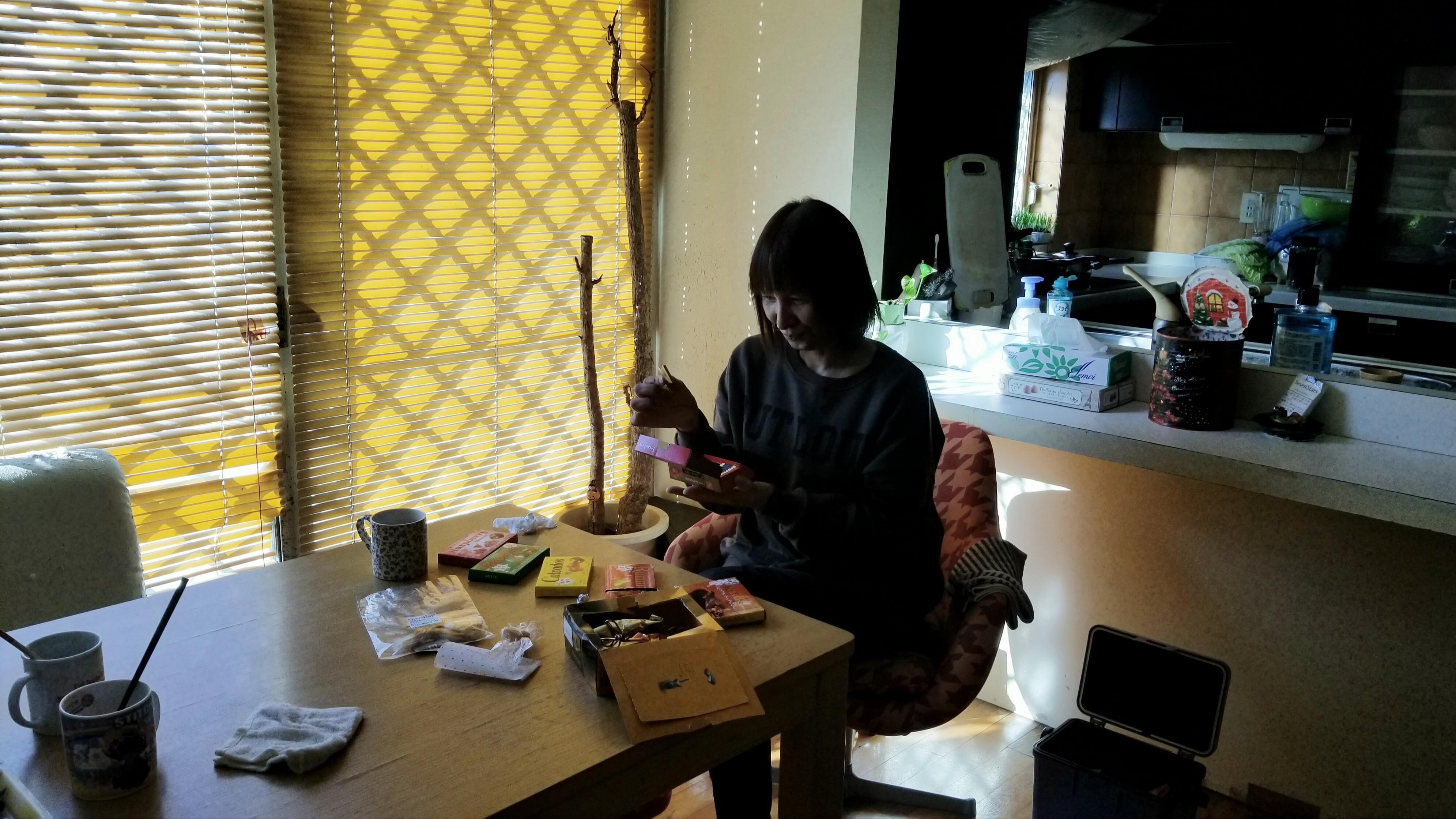 おば一人のお楽しみタイム一時間こっそりおやつスイーツ食べる