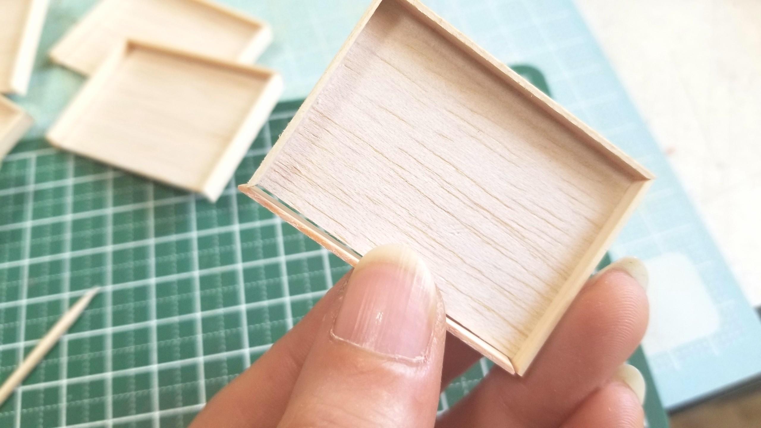 おぼん,作り方,ミニチュアフード,ひのき,木工作業,留め切り,ヤスリ