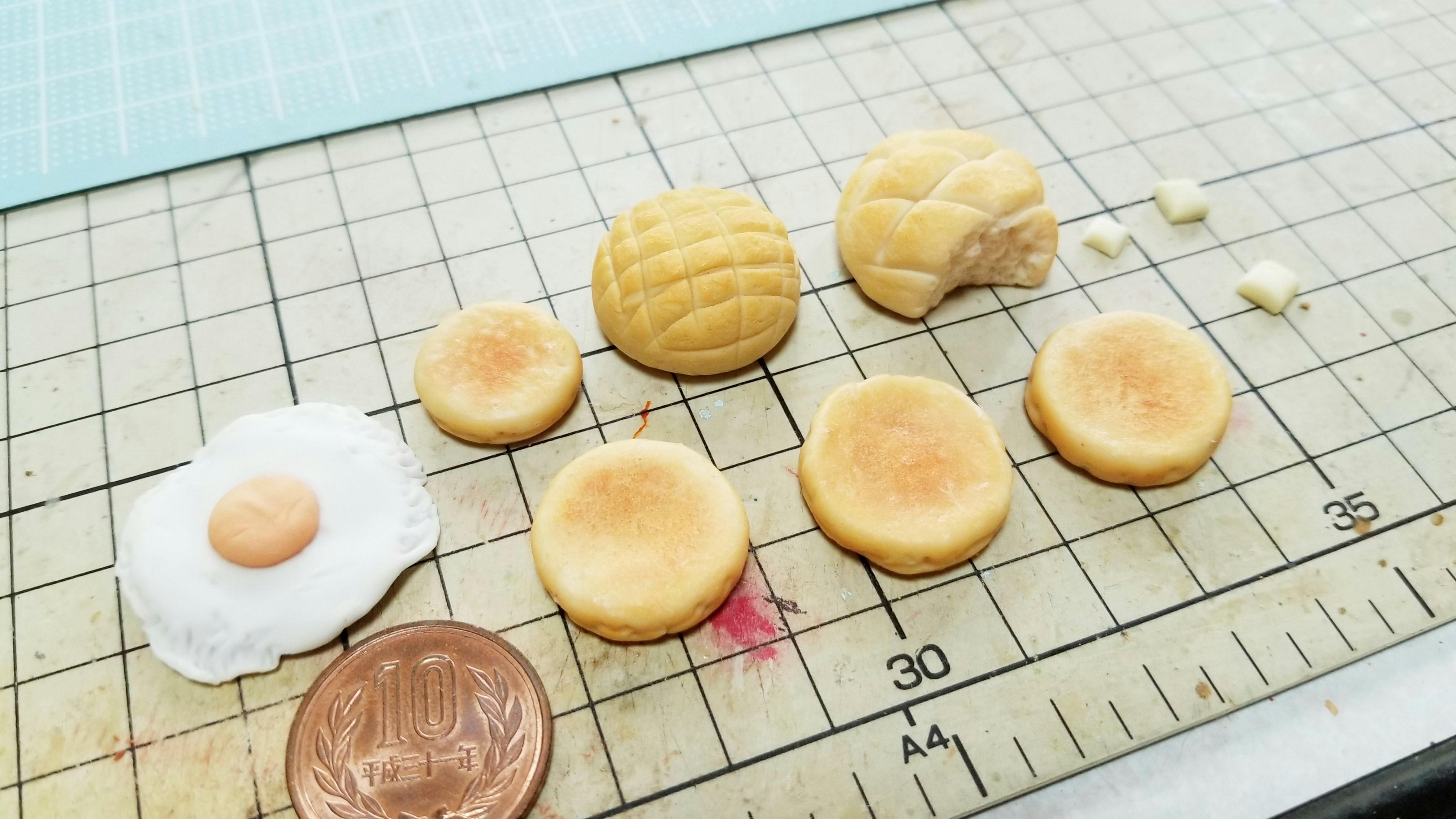 樹脂粘土でミニチュアフード作り初めて初心者がパンホットケーキ