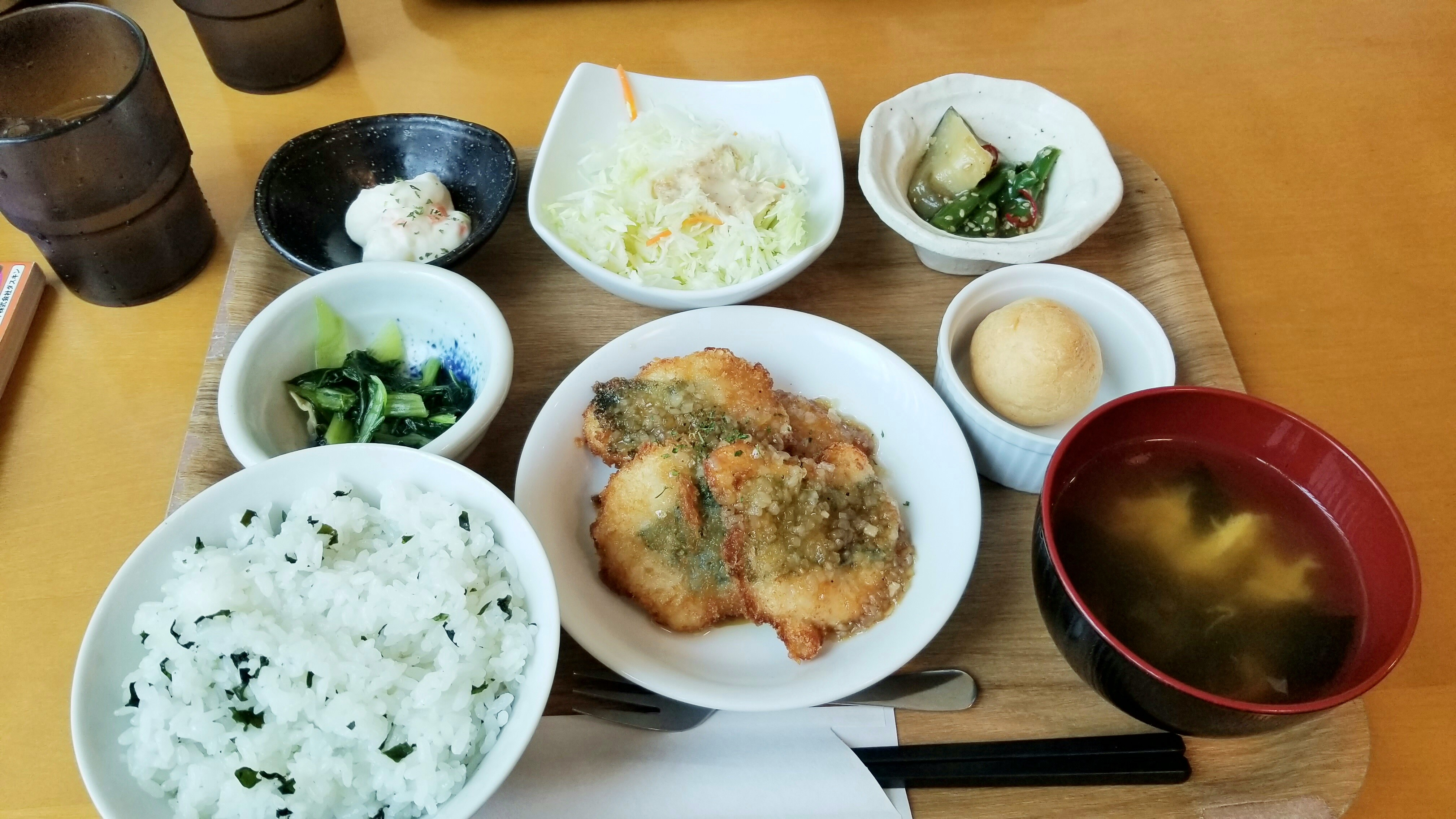 お昼ご飯松山市梅しそバランスあっさり副菜太らないメニュー近く和風