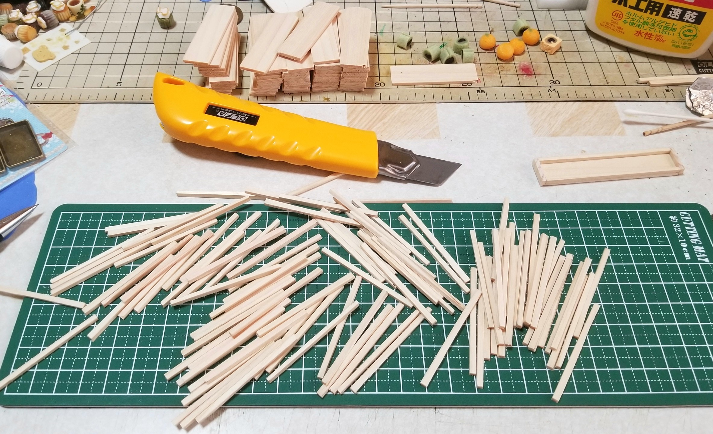 ミニチュアフード,木製トレー,箱,作り方,ヒノキ,桧,ハンドメイド