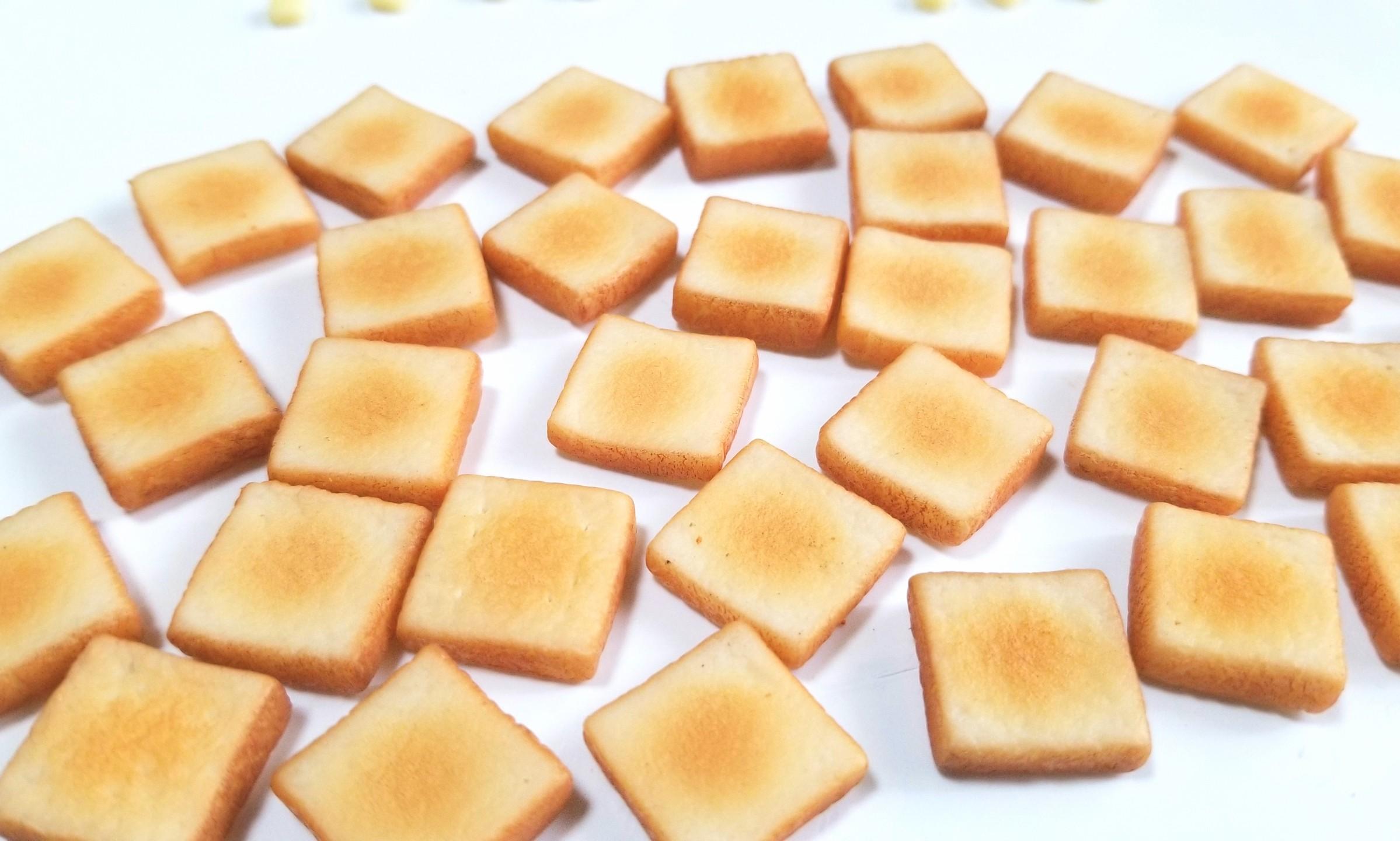 ミニチュア,食パン,トースト,作り方,樹脂粘土,ドールハウス,パン