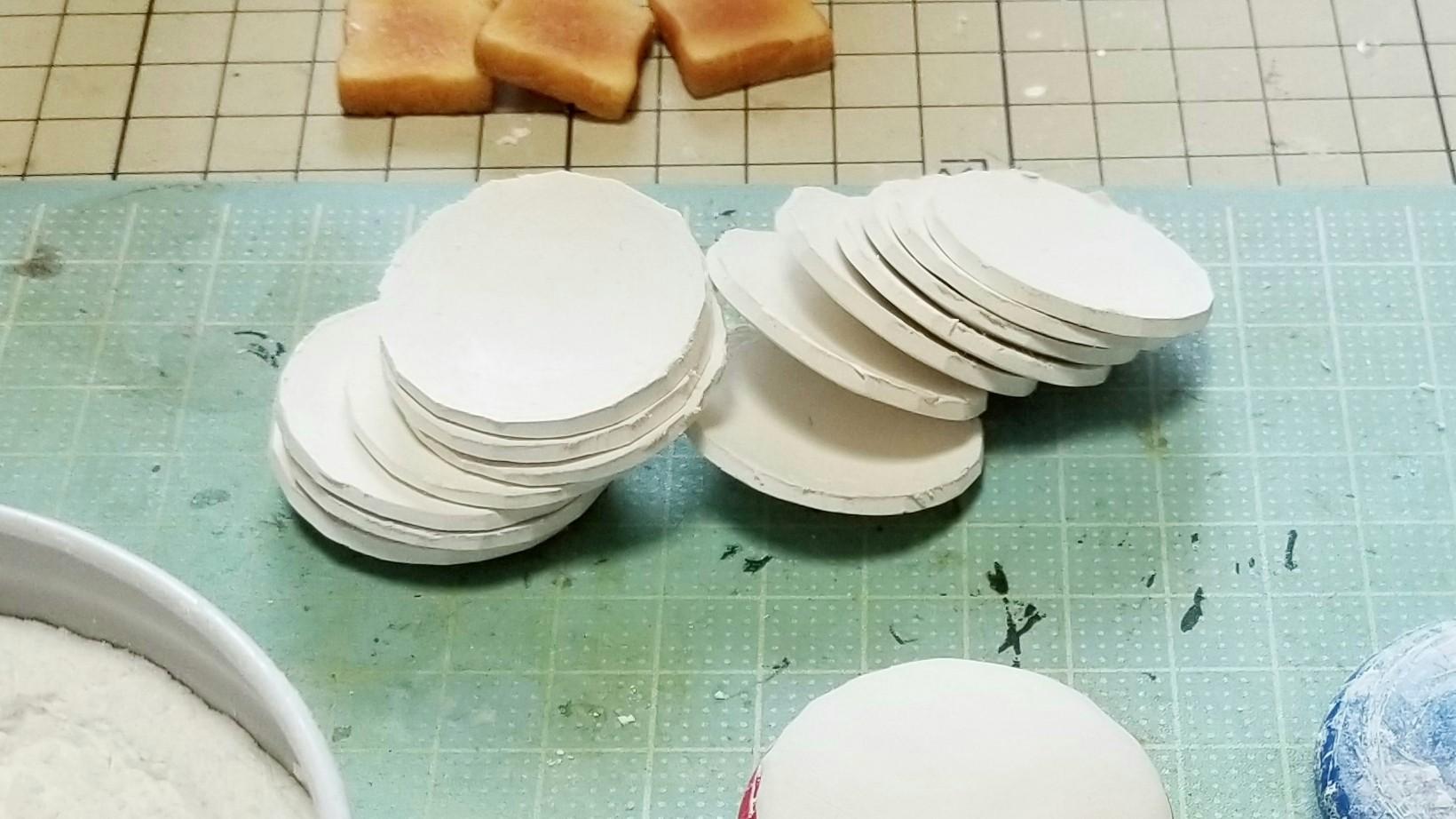 ミニチュアフード粘土丸食器お皿の作り方おすすめ人気手仕事ブログ