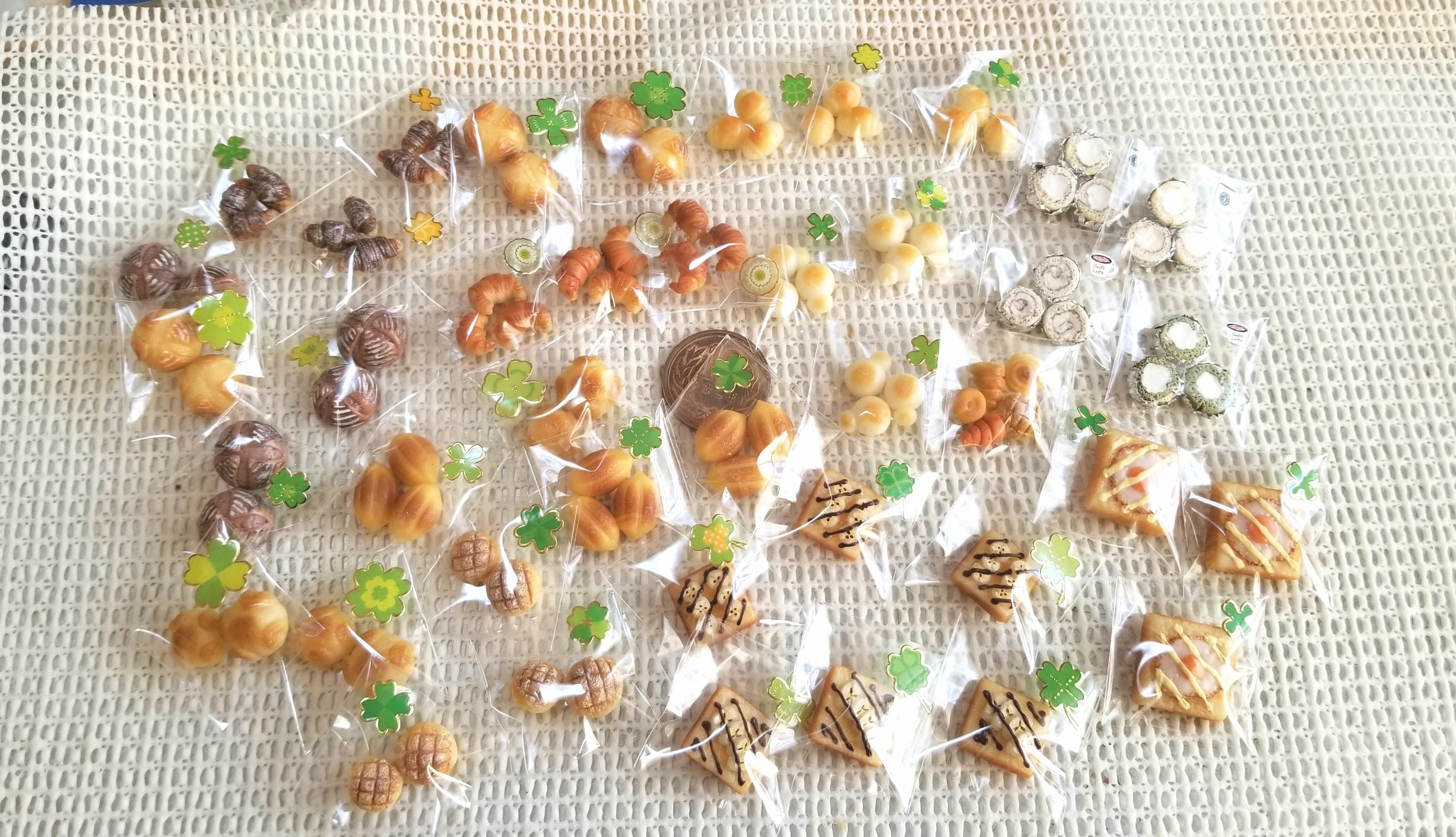 ミニチュアフード,パン,樹脂粘土,ミンネ販売中,ミニスウィーツドール