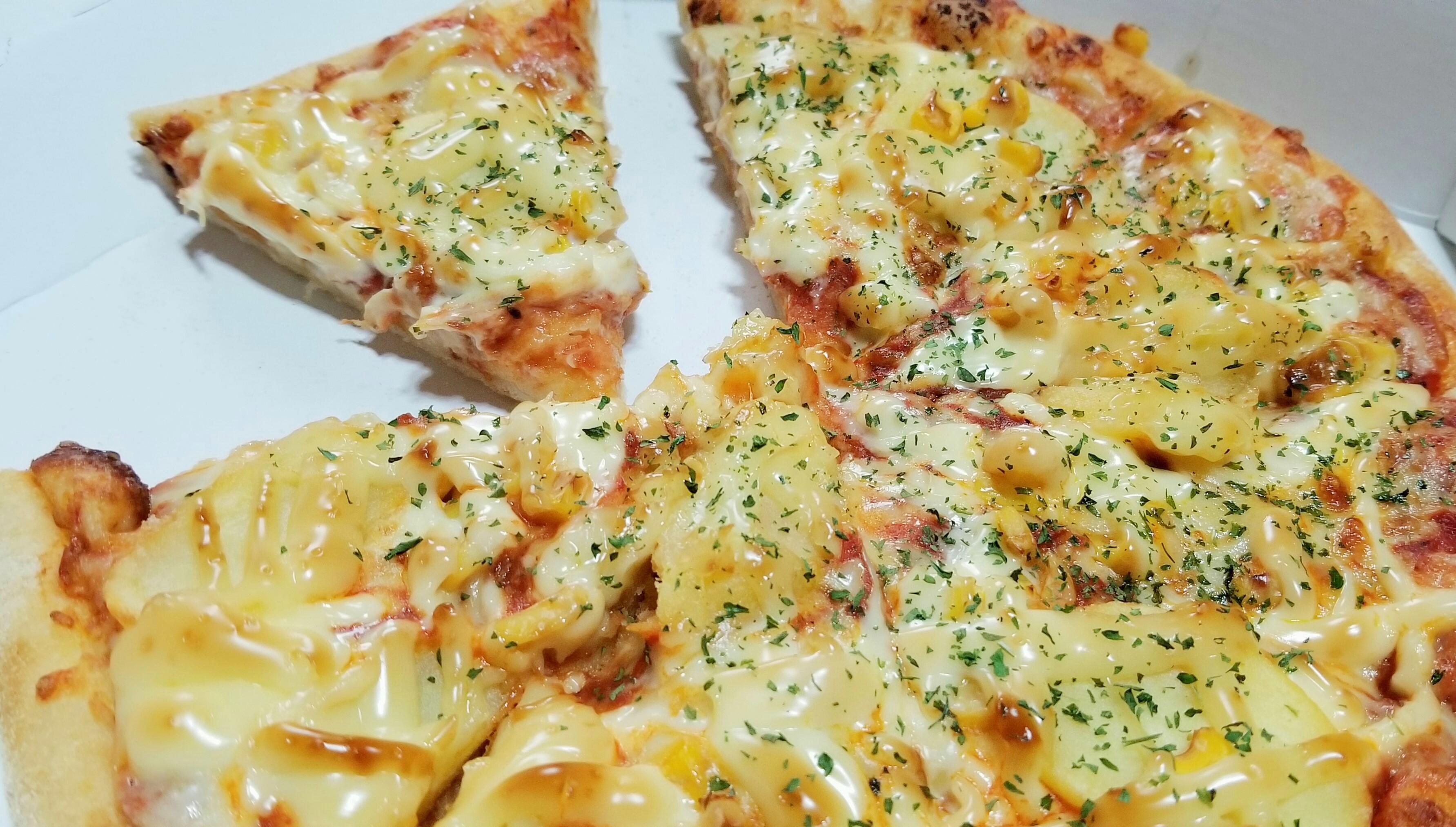 グルメ巡り大好きピザハット美味しいチーズたっぷり濃厚大きい人気