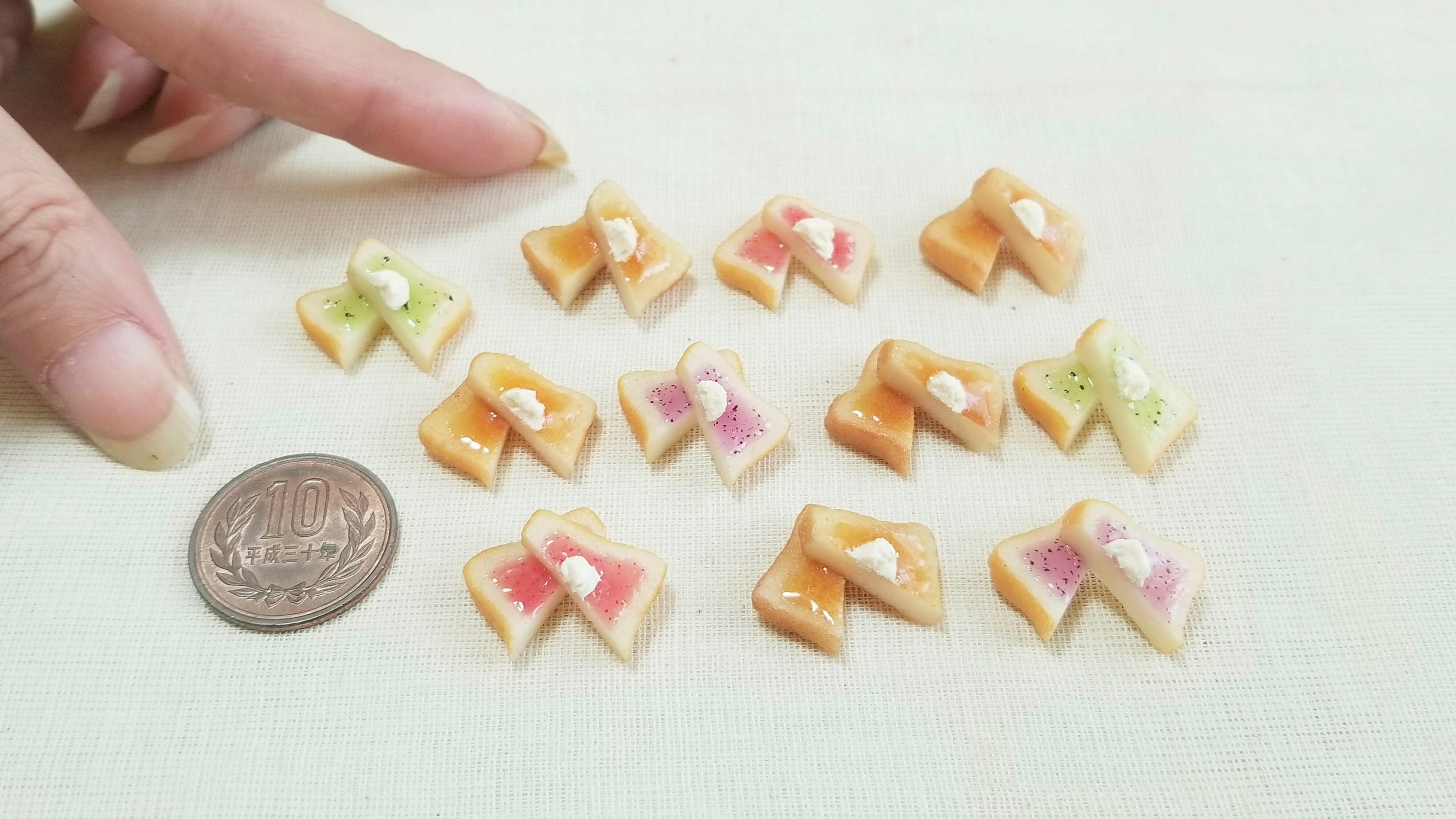 ミニチュアフード樹脂粘土食パンジャムトースト可愛い小物ミンネ販売