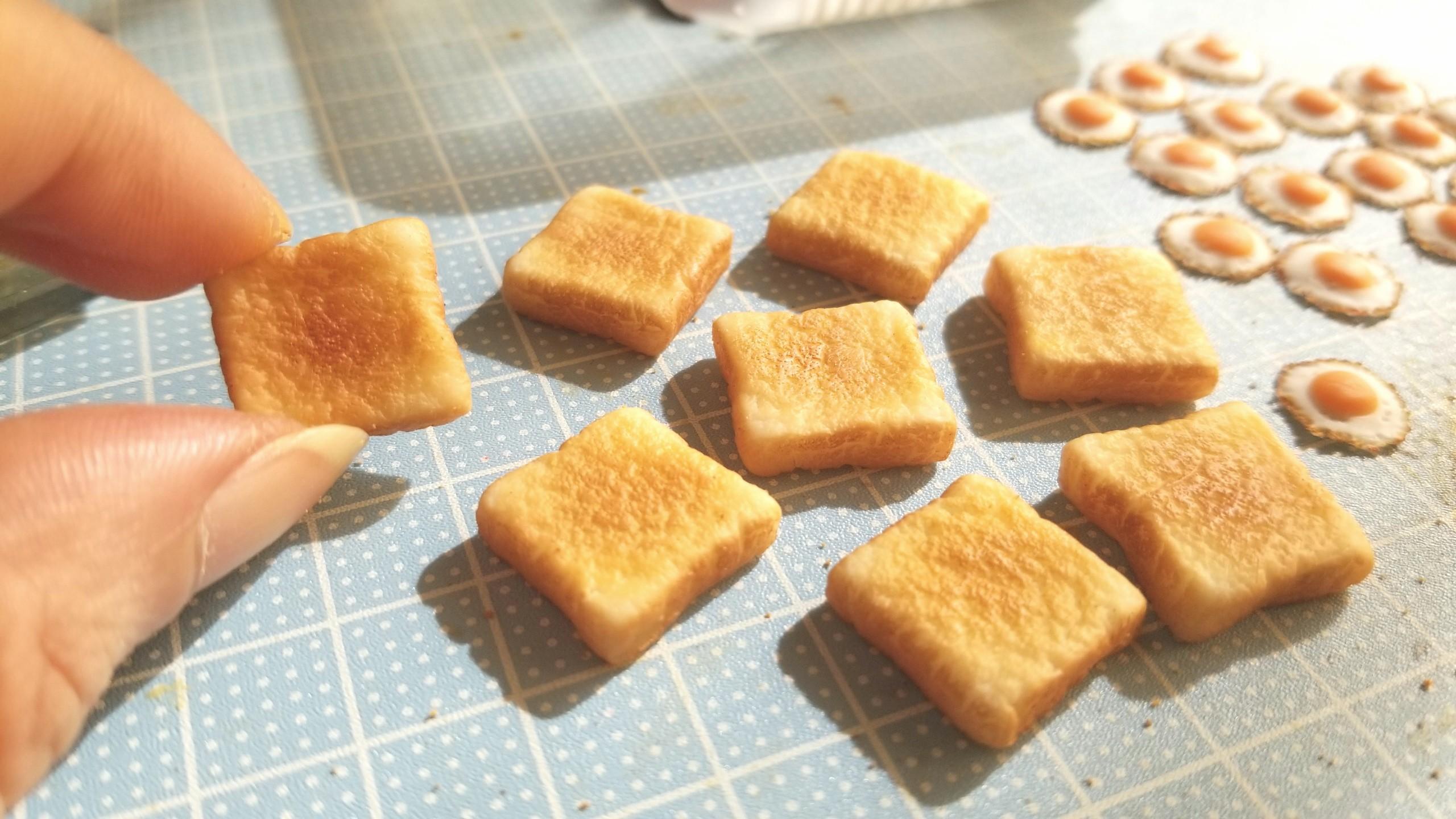 ミニチュアフード,樹脂粘土,トースト食パンの作り方,焼き色こんがり