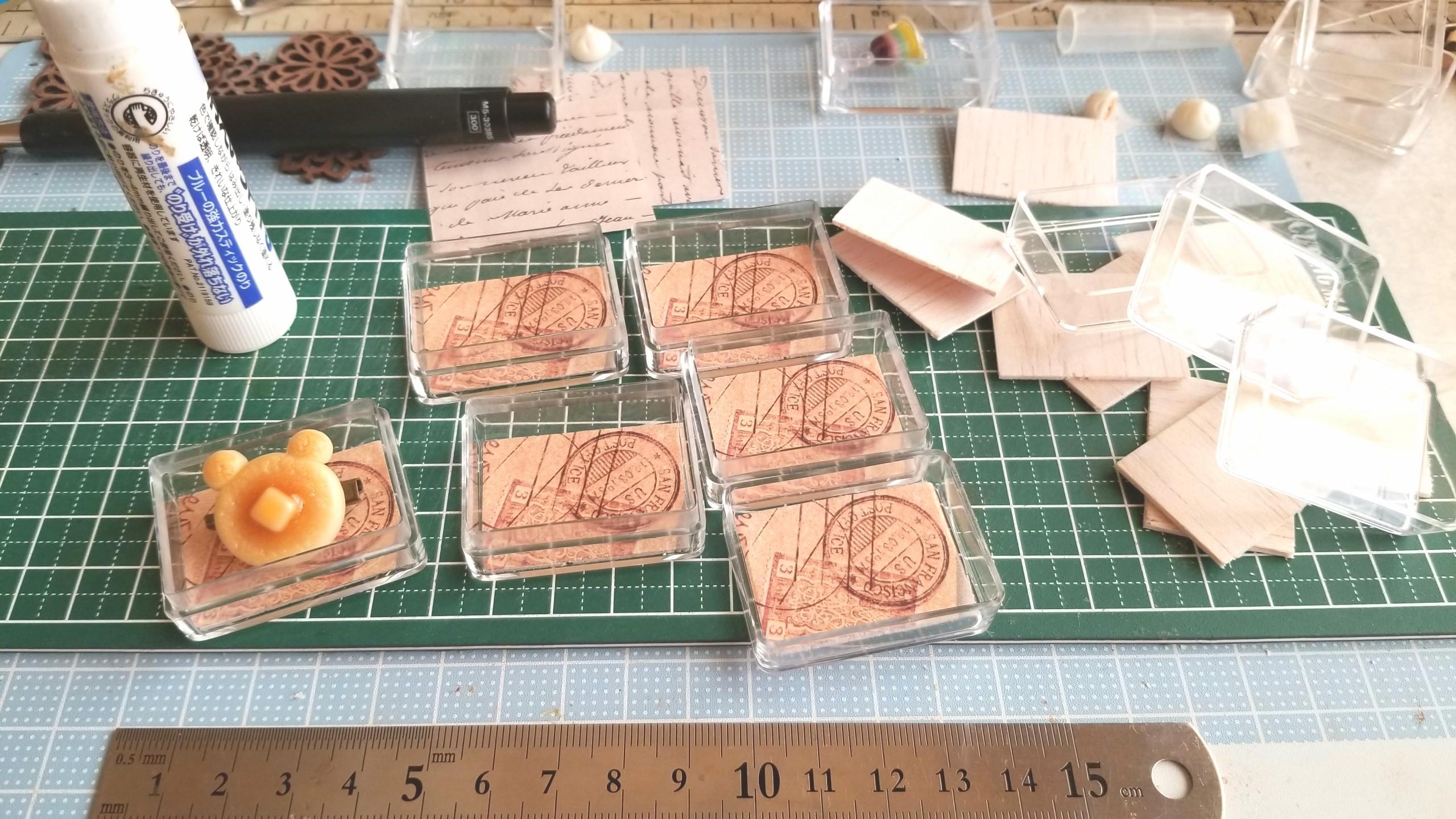 台紙,土台,作り方,クリアケース,ミニチュアフード,折り紙,樹脂粘土