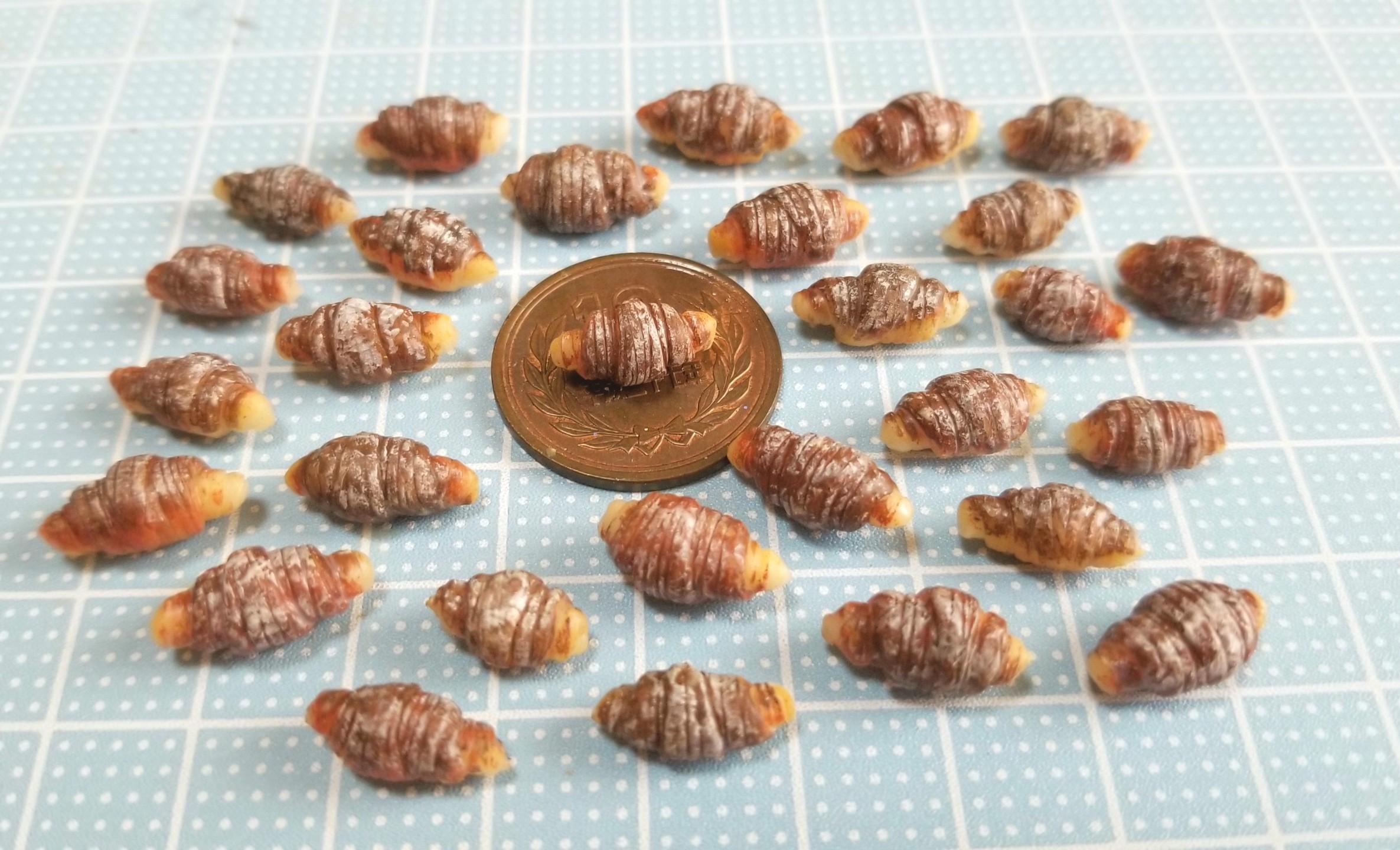 ミニチュアフード,チョコクロワッサン,樹脂粘土,食品サンプル,ドール