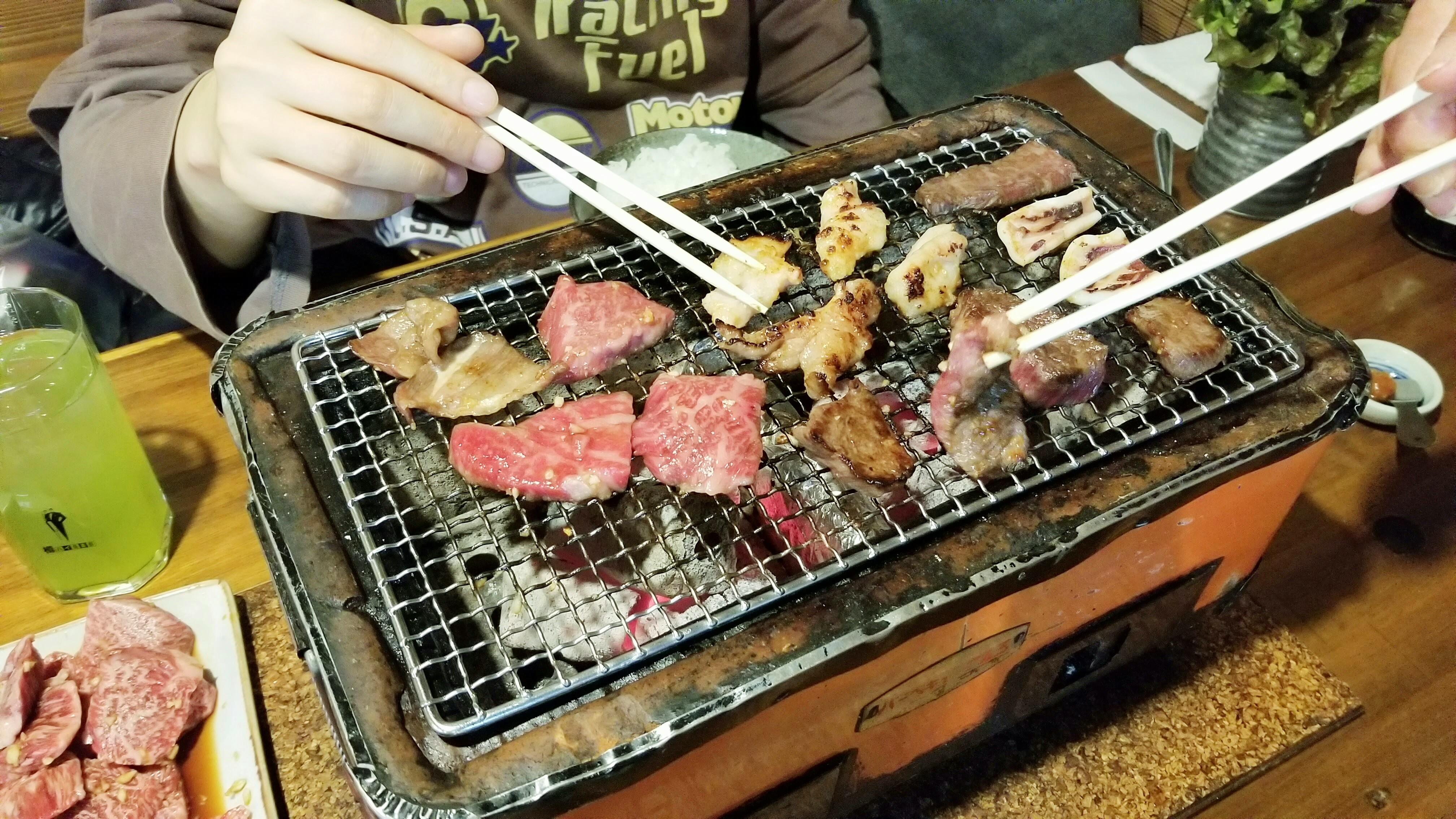 愛媛県松山市美味しいおすすめ焼肉屋ひょうたん島穴場グルメ巡り