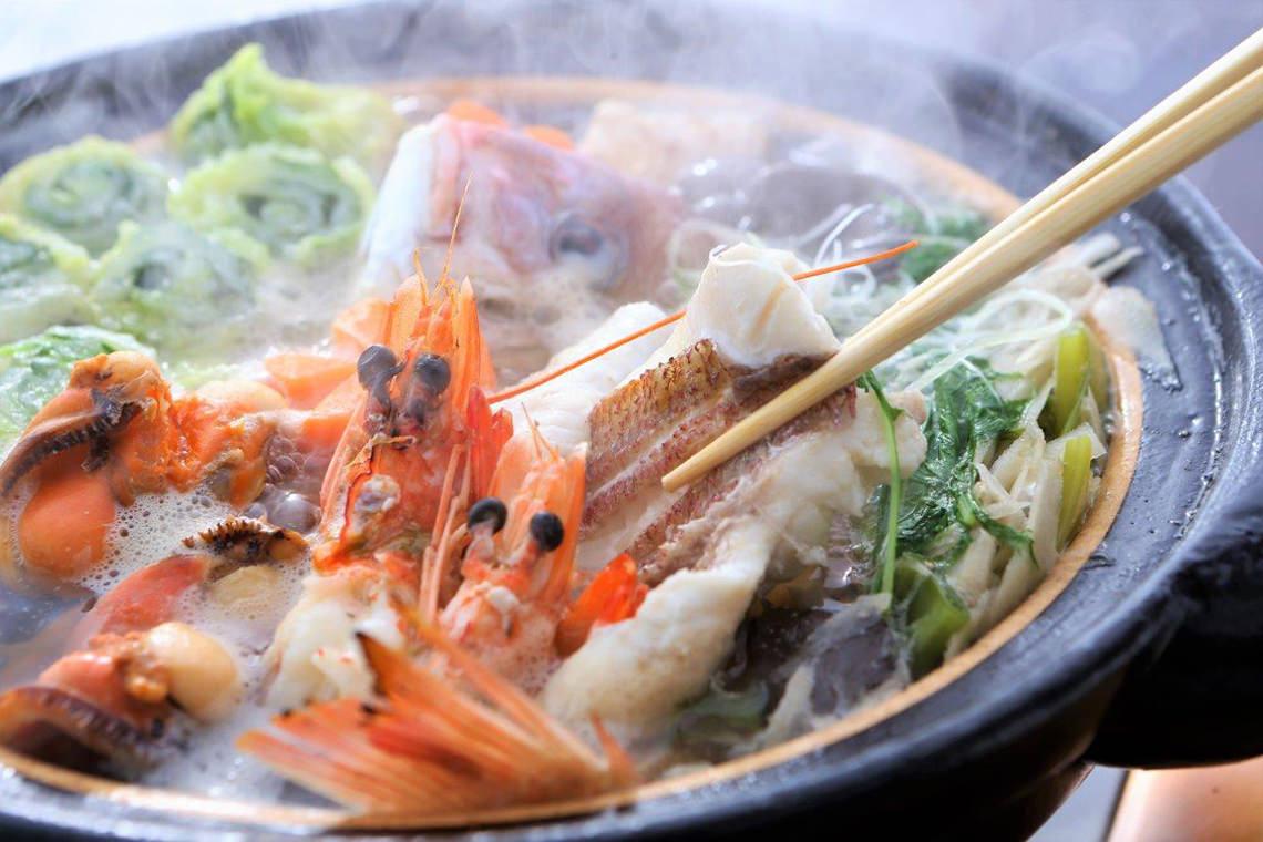 おいしい,海鮮鍋,種類,具材,定番,人気,冬,魚介類,あたたまる,画像