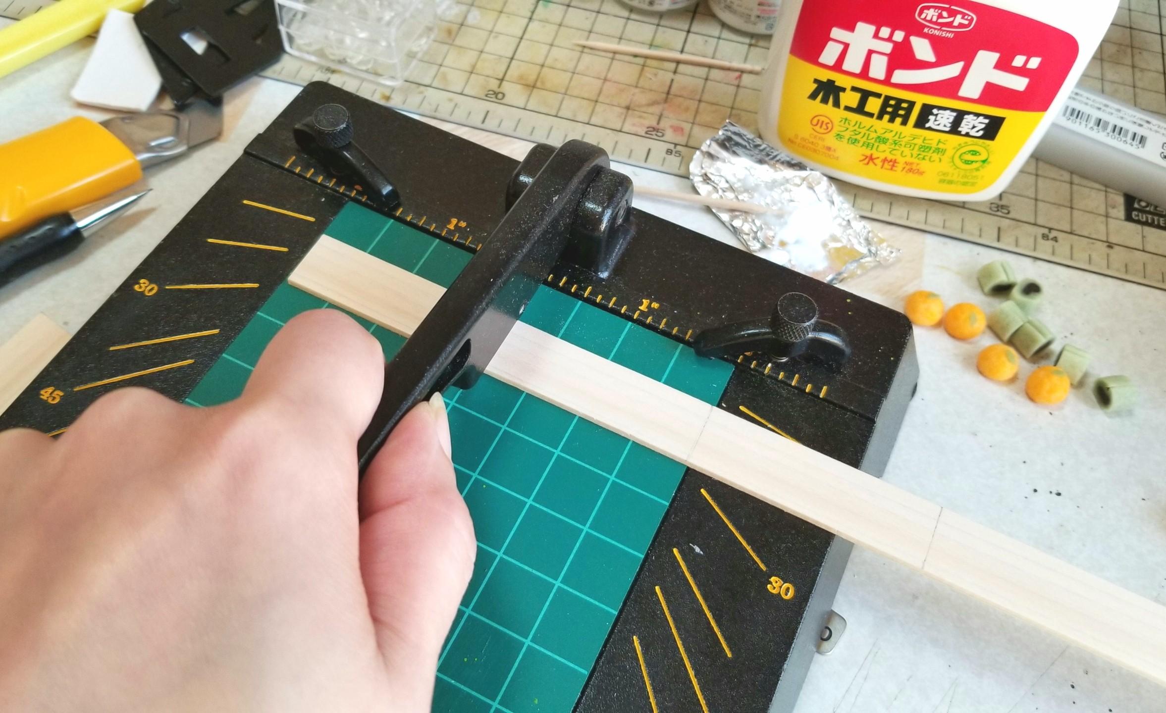 ミニチュア,チョッパー,木工作業,木材のトレー,箱,作り方,ドール