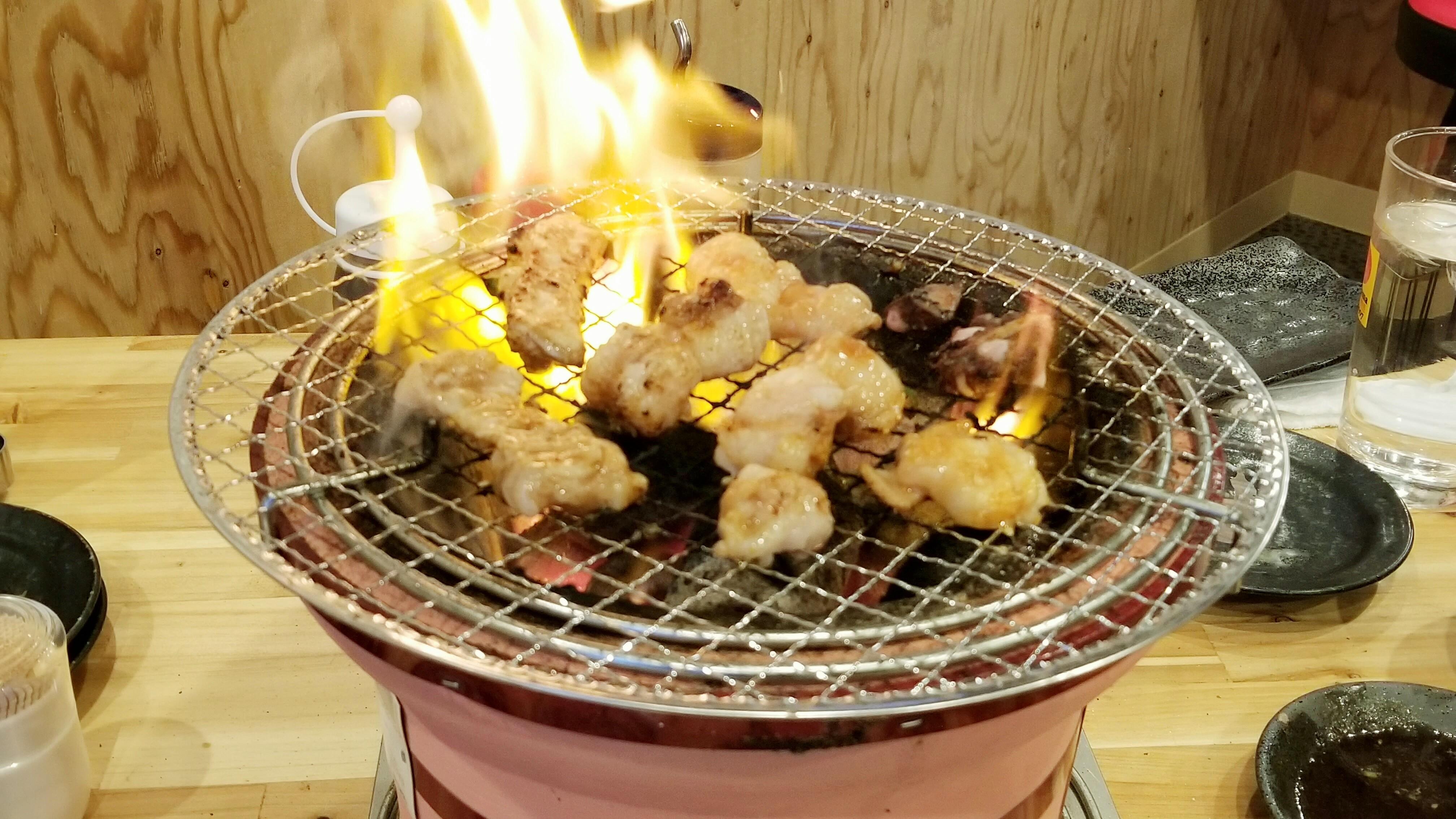 愛媛県松山市四国グルメ焼肉スーパーホルモンまずい安い変わった部位