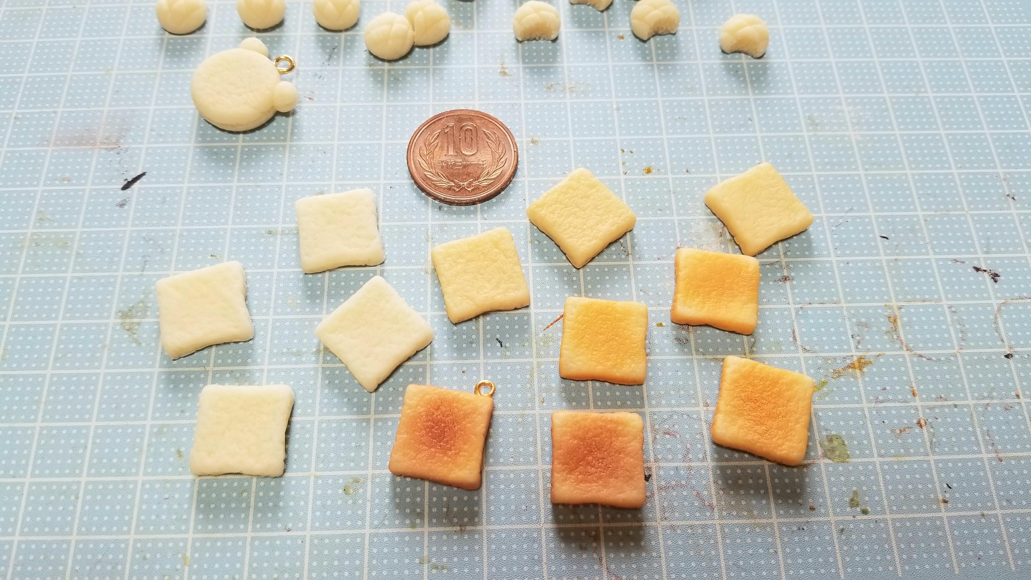 ミニチュアフード食パントーストこんがりおいしそう手作り美味しい