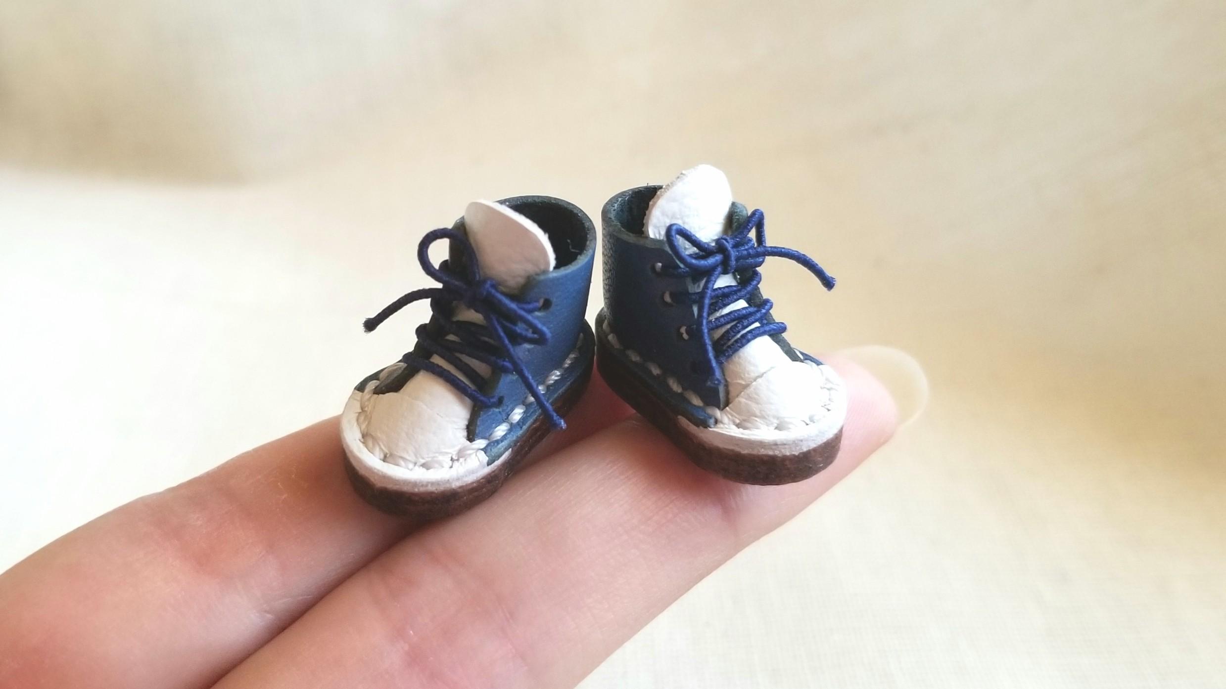 ミニチュア靴,ドール用小物,素敵な本皮スニーカー,kilo工房,可愛い