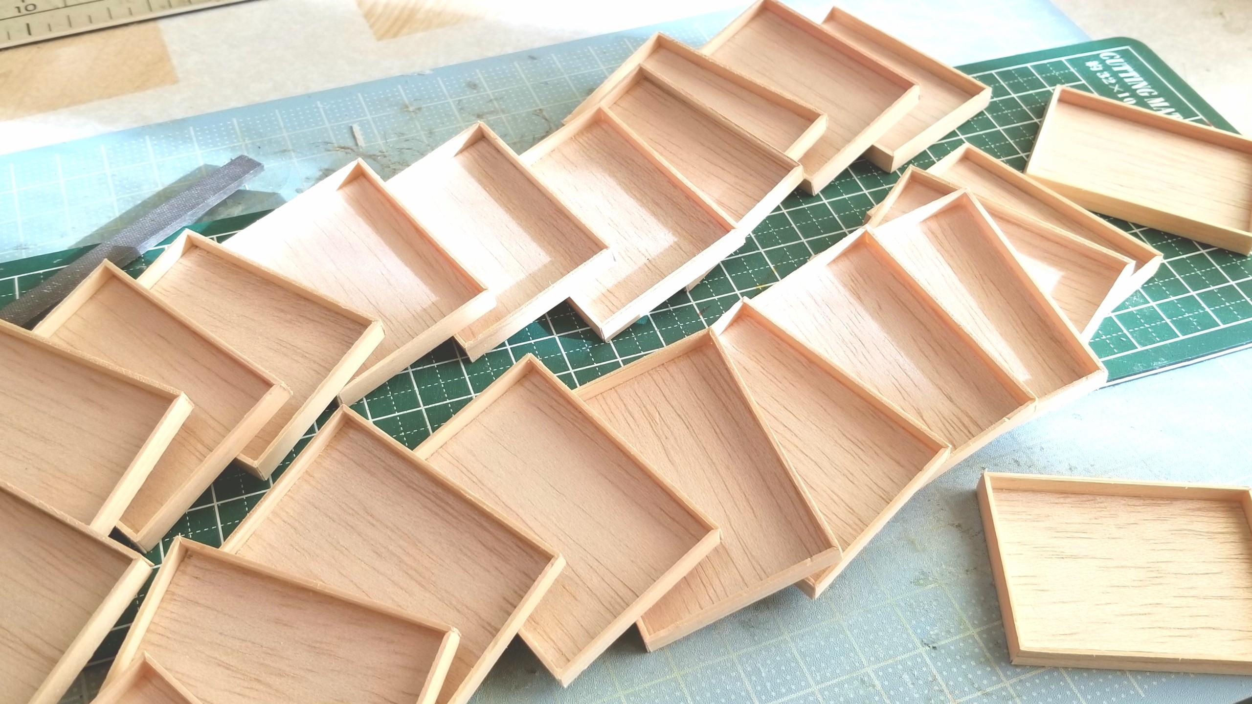 おぼん,作り方,ミニチュアフード,桧,木材,木工,留め切り,ジオラマ