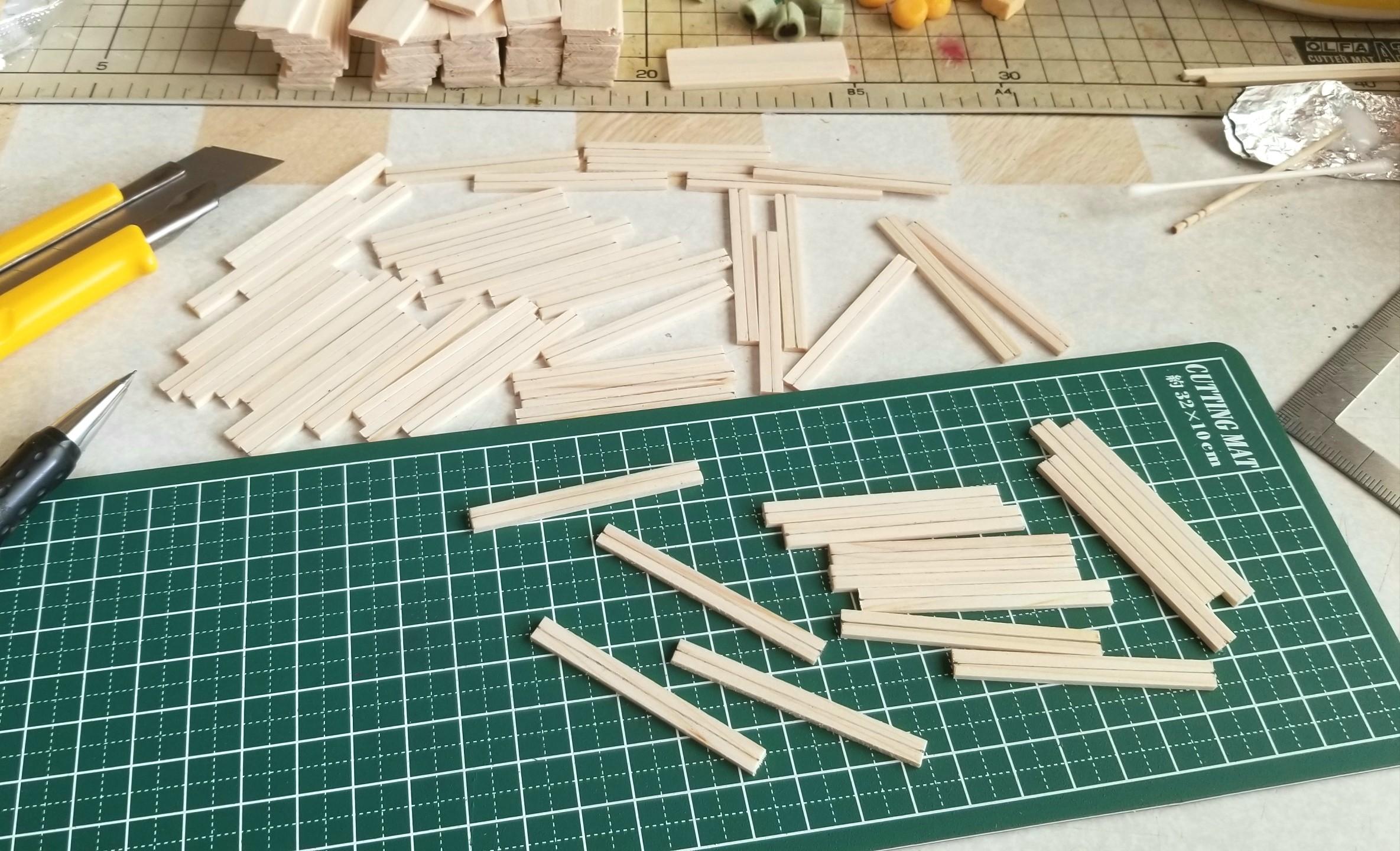 ミニチュアフード,木工作業,木製トレー,箱,作り方,ヒノキ,桧,ドール