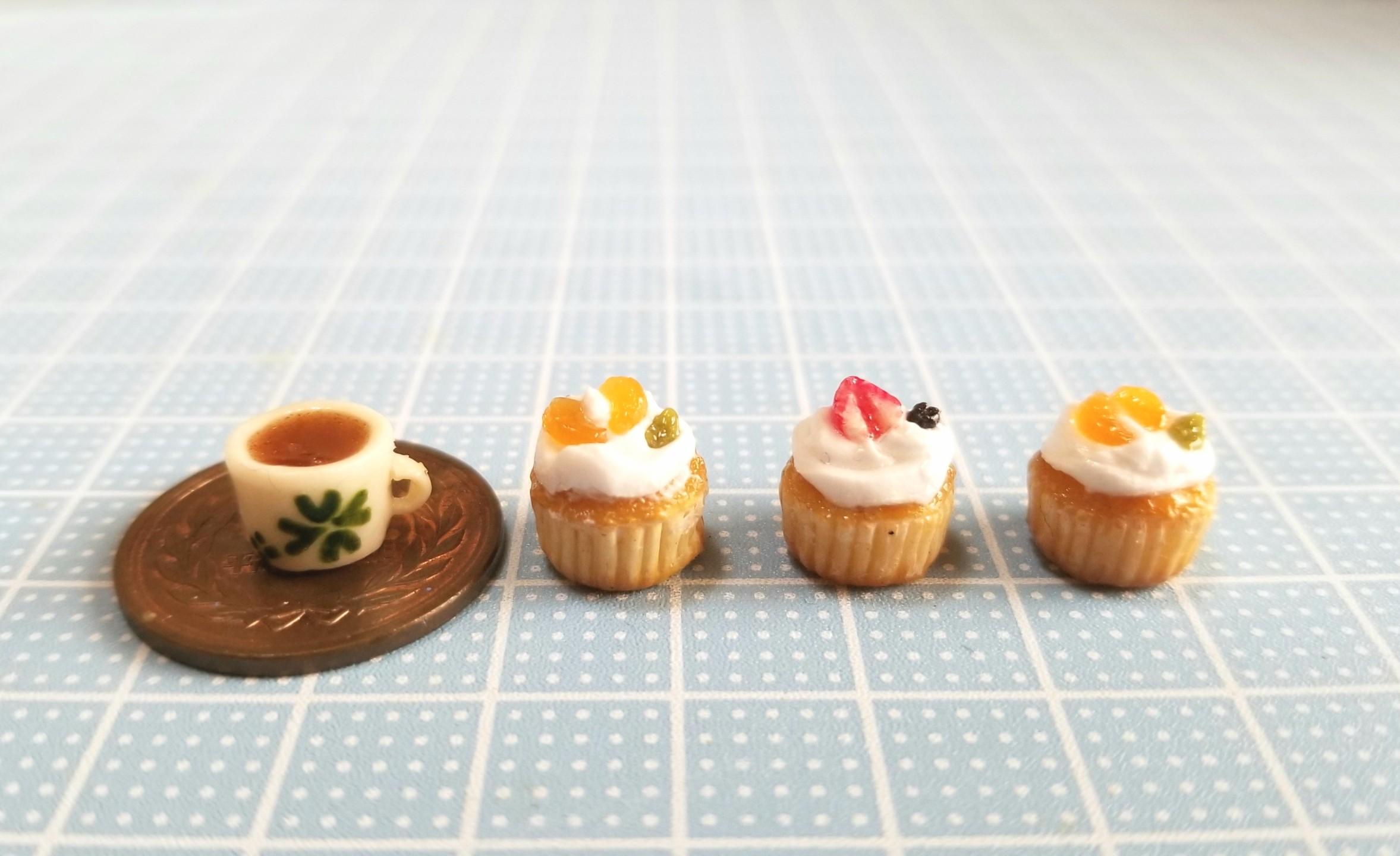 ミニチュアフード,カップケーキ,,樹脂粘土,ブライス,シルバニア