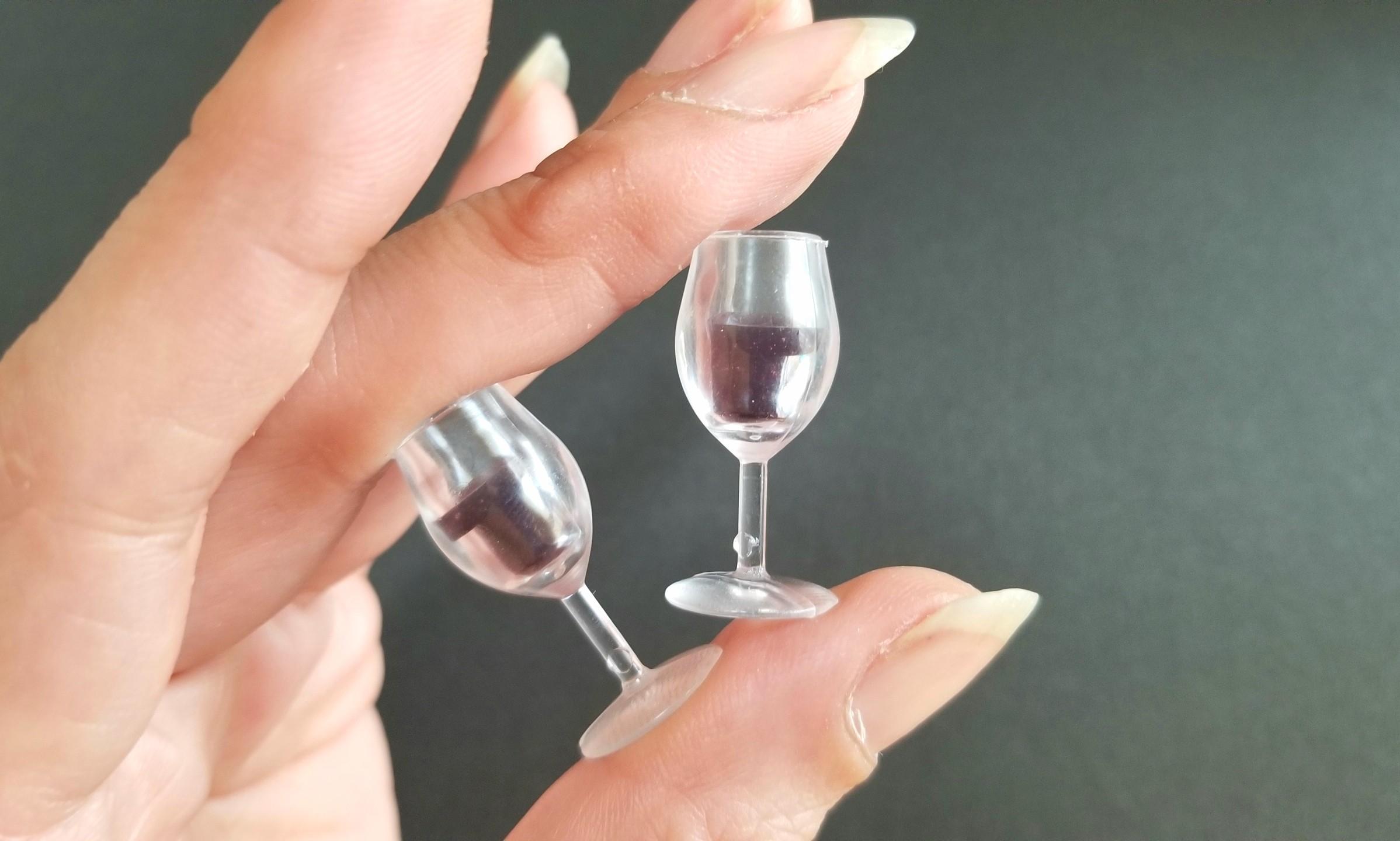 ミニチュア,シャンパン,ワイン,ファニカ,あまむす,バービー人形