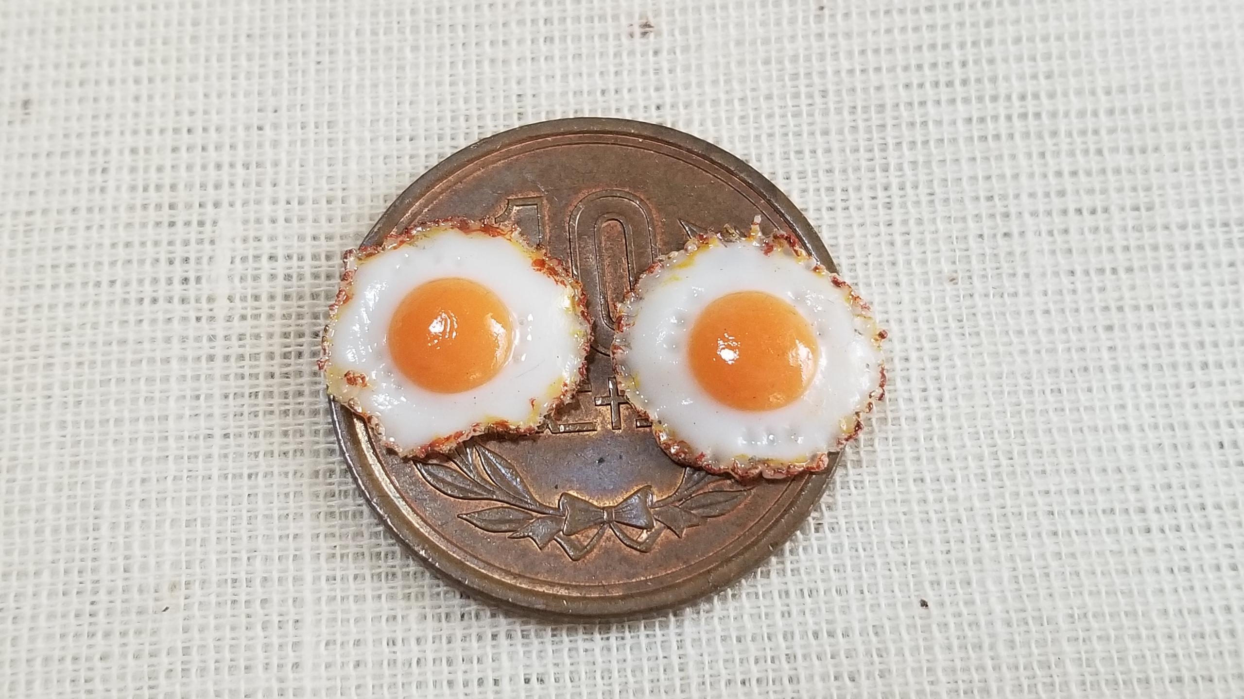 粘土なのにリアルで美味しそうな目玉焼き,朝食に,モーニングの定番