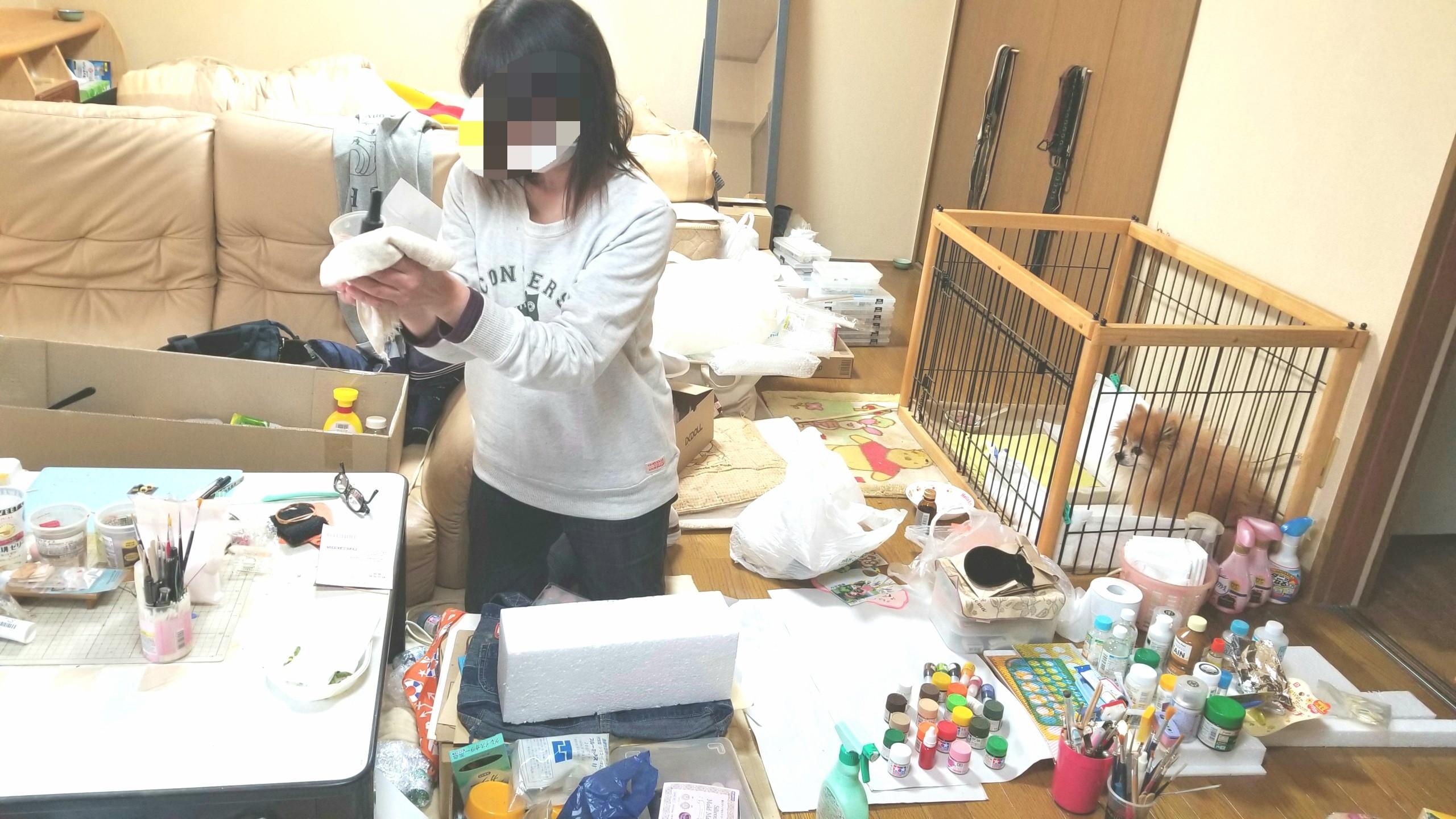 汚ないお部屋の大掃除,小物雑貨,拭き掃除,フローリング,叔母いとこ