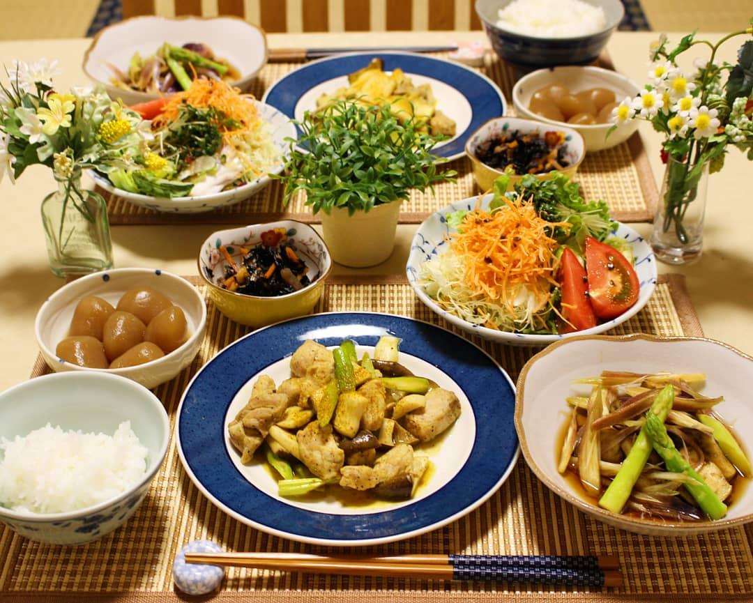 理想的な食卓,豚肉料理,おうちご飯,美味しそう,豪華な手料理
