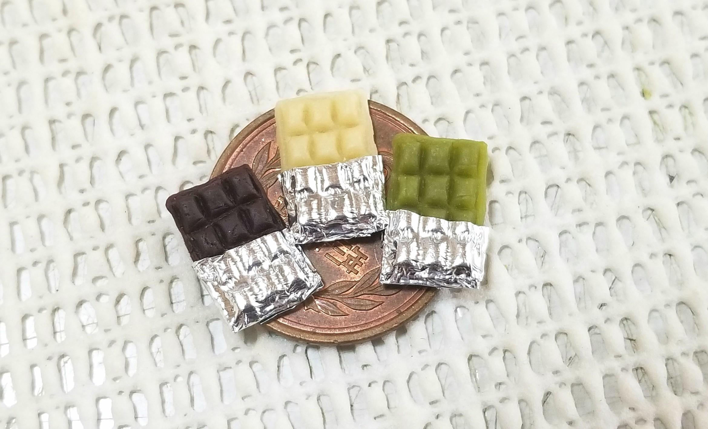 板チョコレート,ミニチュアフード,樹脂粘土,ドールハウス,オビツ11