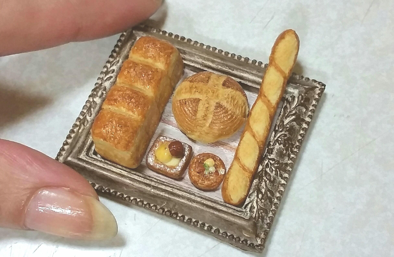 パン,ミニチュアフード,樹脂粘土,バケット,デニッシュ,食パン,可愛い