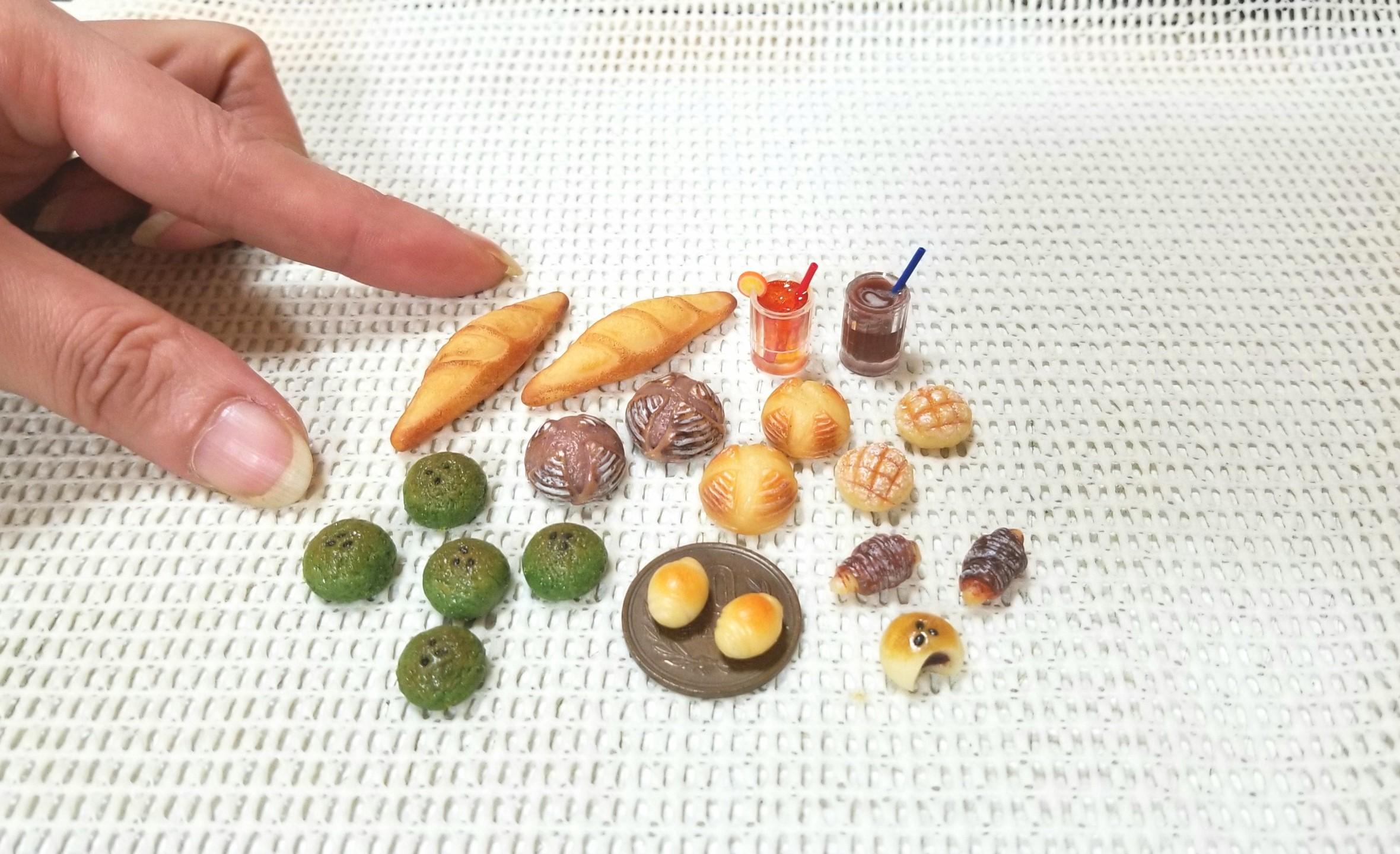 ミニチュアフード,ミンネ,オーダー品,樹脂粘土,よもぎパン,バケット