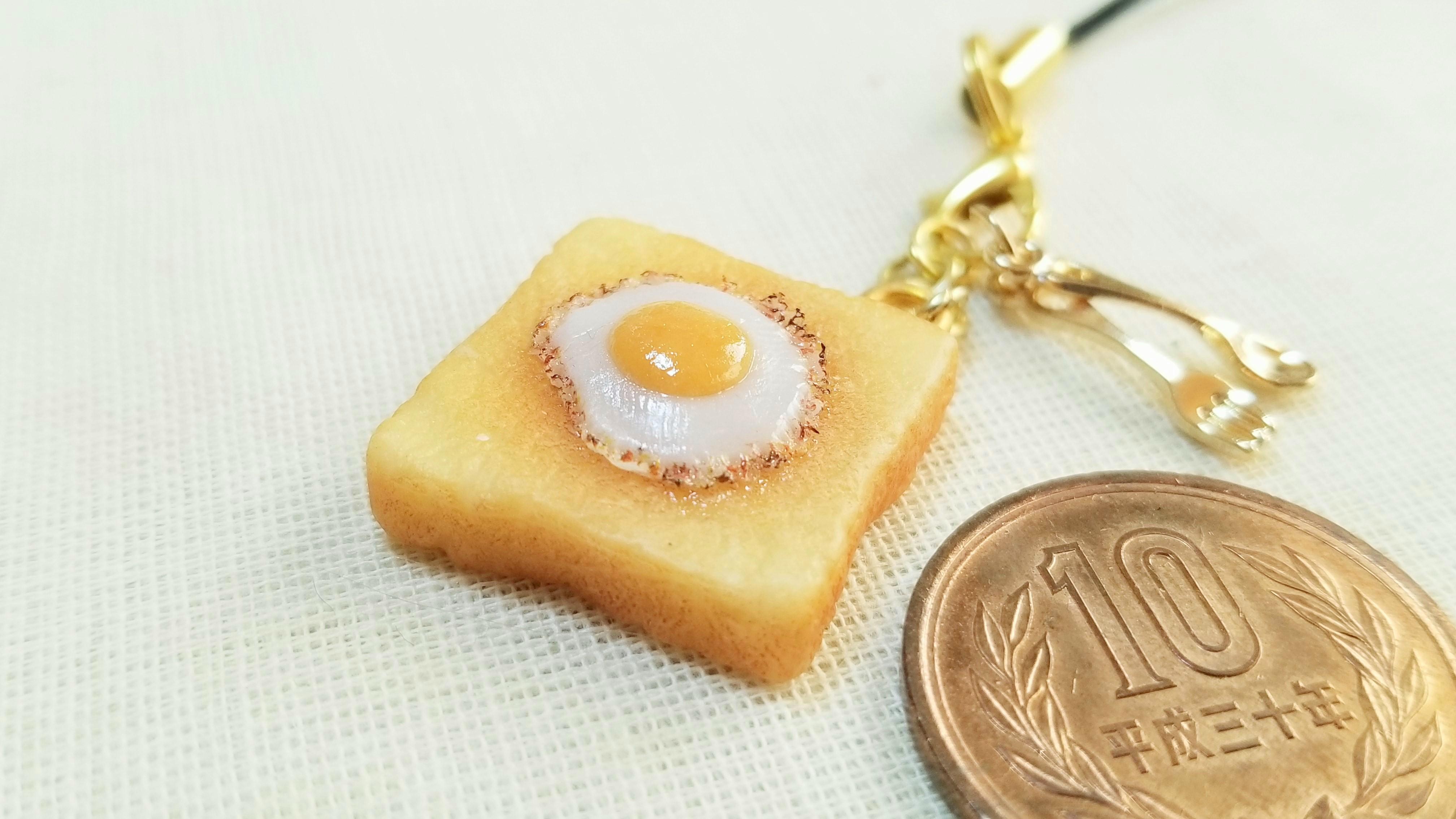 ミニチュアフード樹脂粘土食パントーストストラップかわいい人気