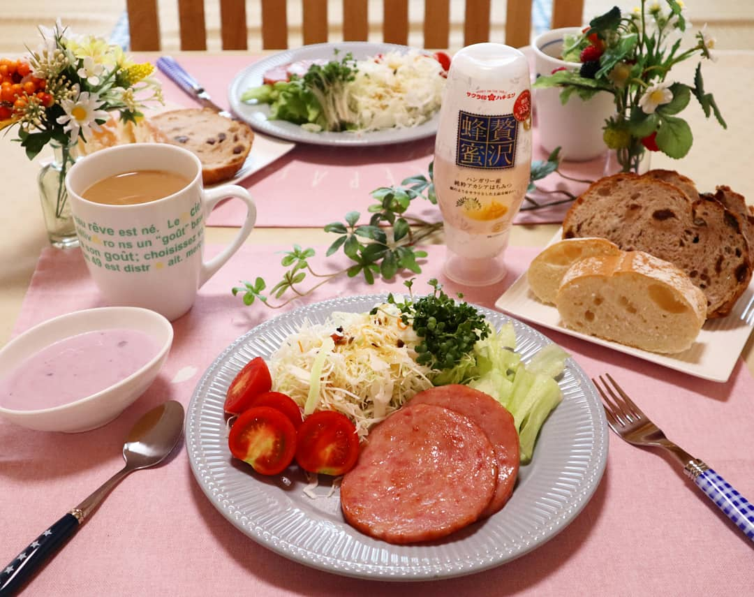 リッチな気分を味わえる朝ご飯,モーニングセット,栄養バランスも良い