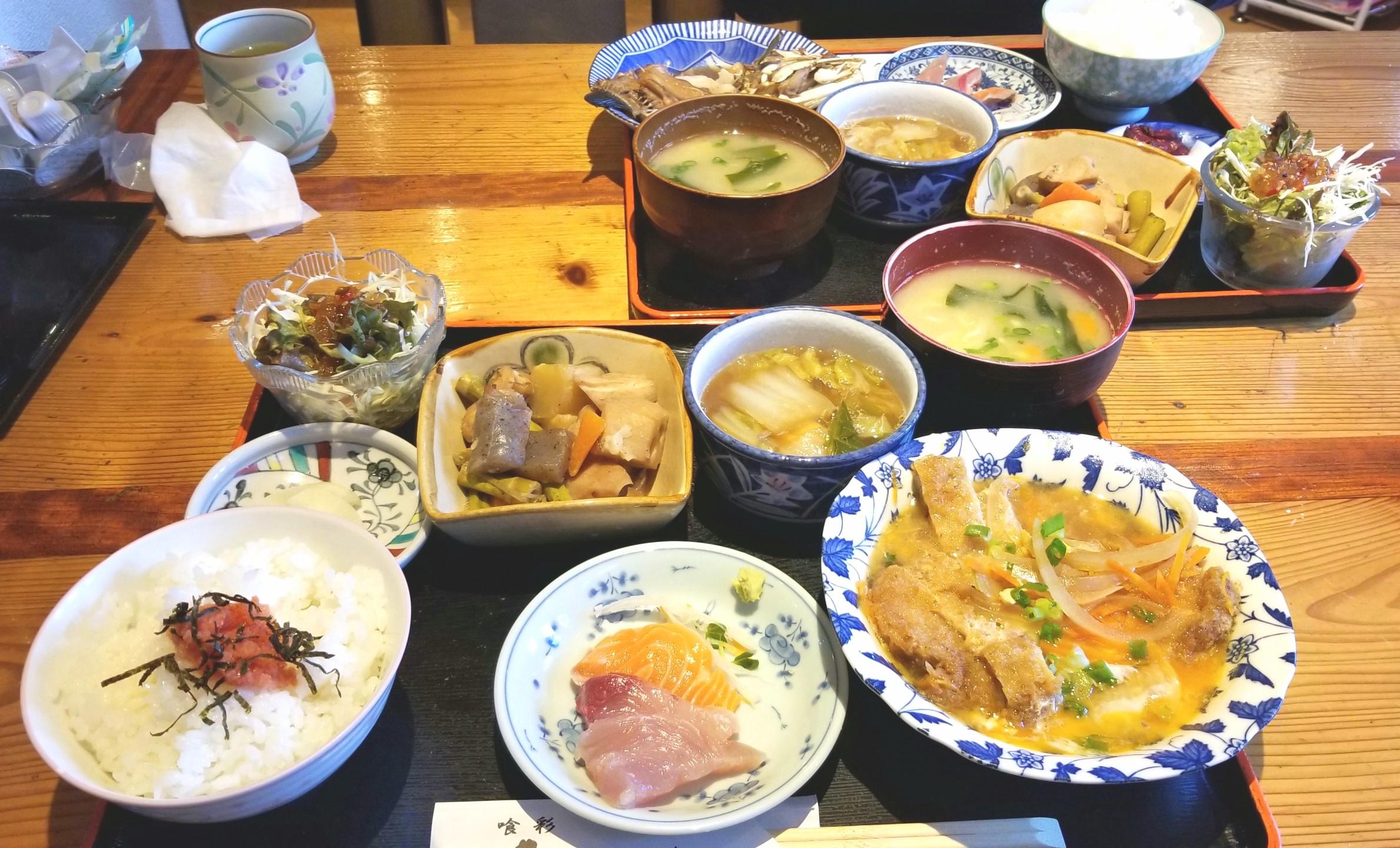 お昼ご飯,ランチ,お得,美味しい,松山市,DAIKIの裏,カツとじ