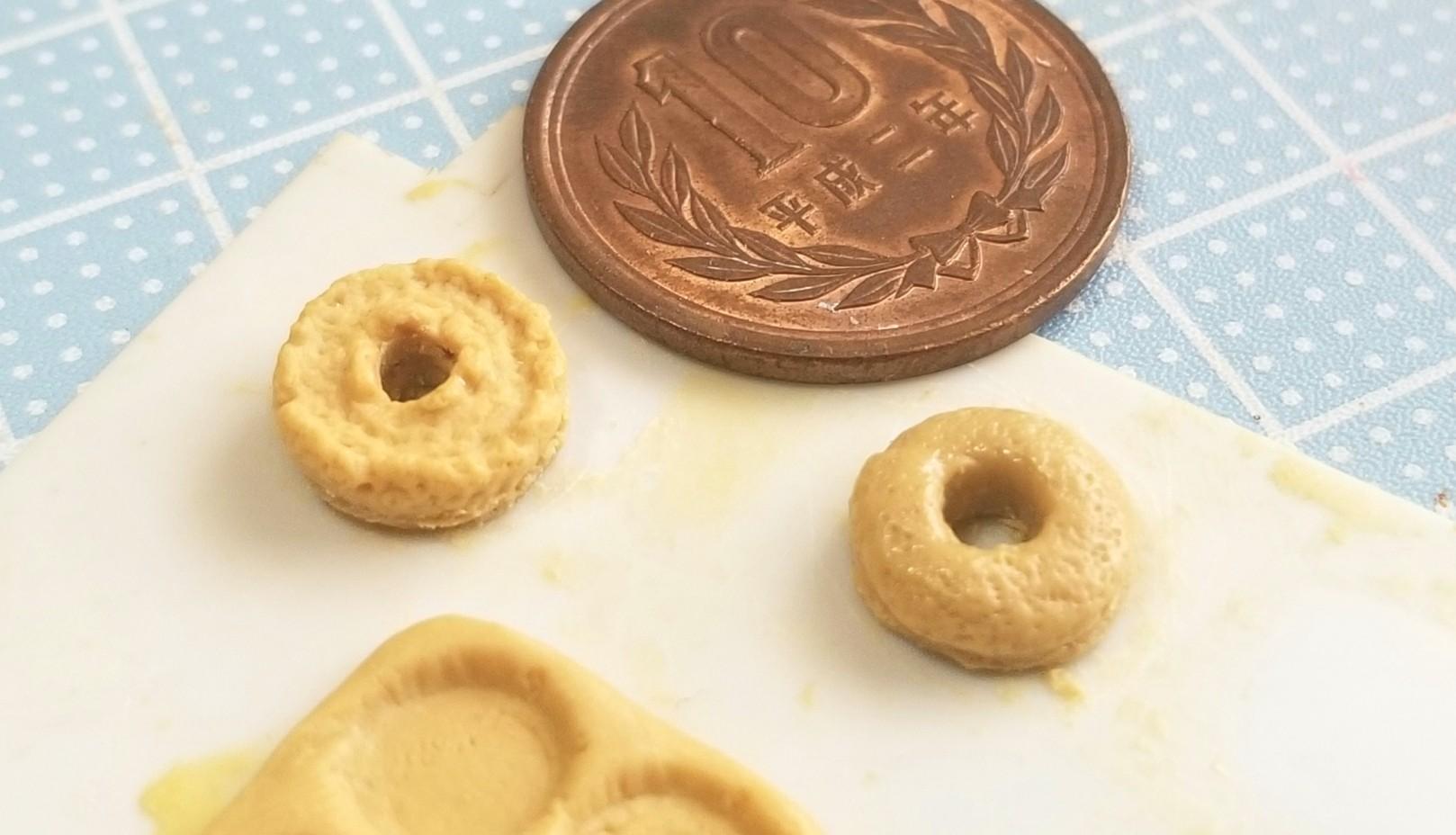ミニチュアフード,ドーナツの原型,エポキシパテ,作り方,フェイク