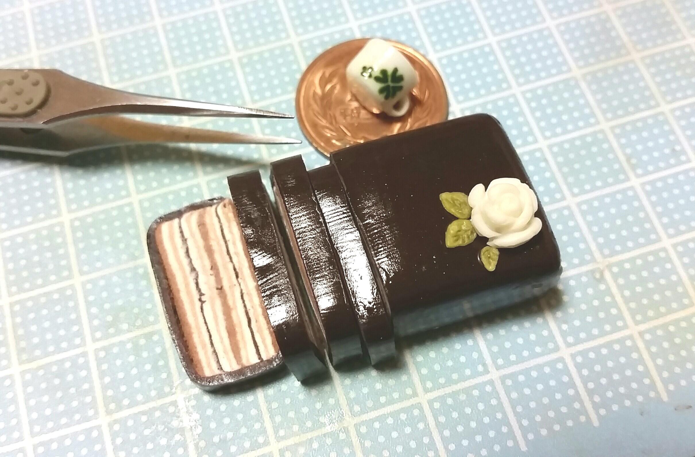 チョコレートケーキ,ミニチュアフード,樹脂粘土,おいしい,人気ブログ