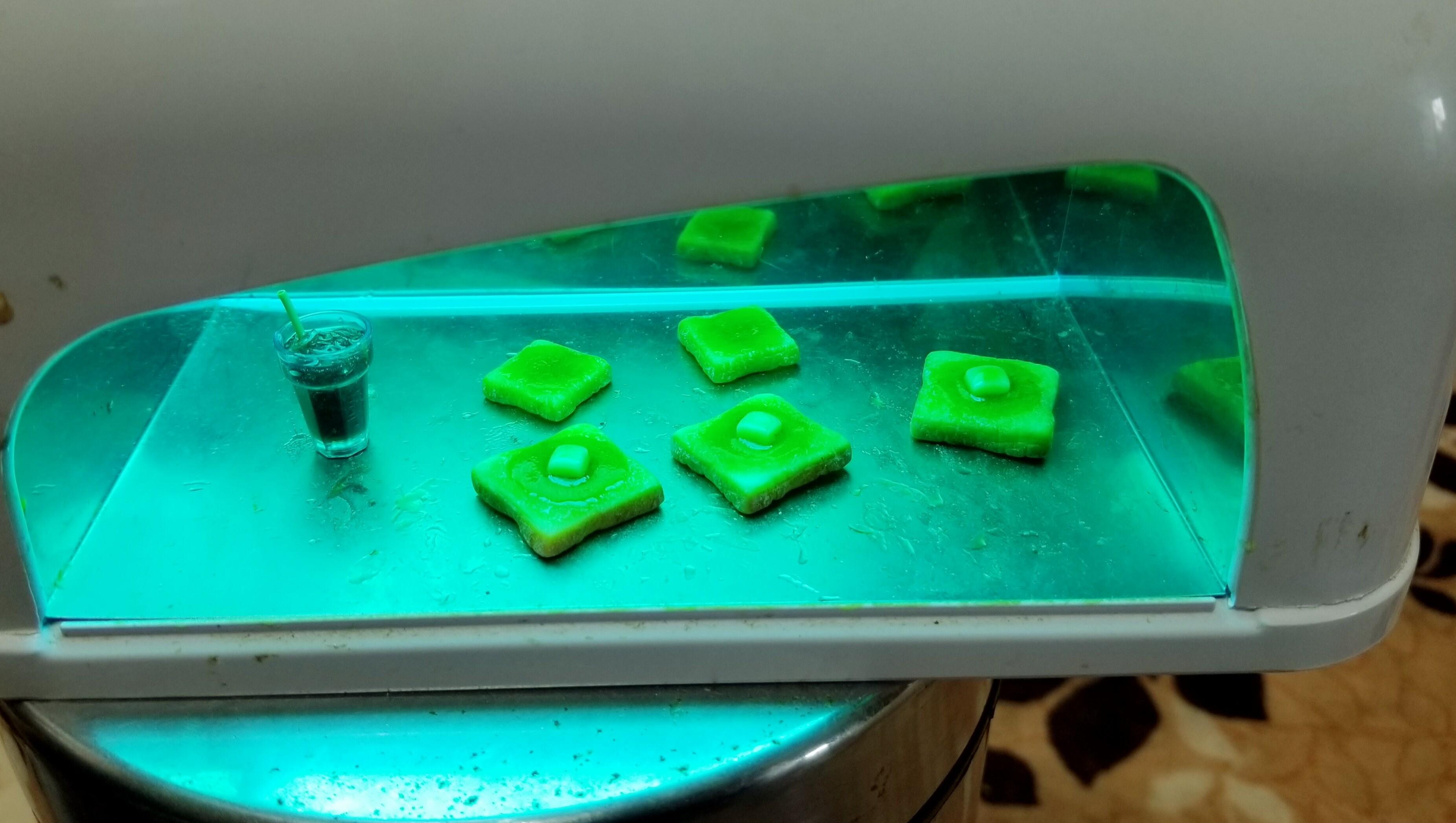 ミニチュアの作り方レジンではちみつバタートーストアクセサリー小物