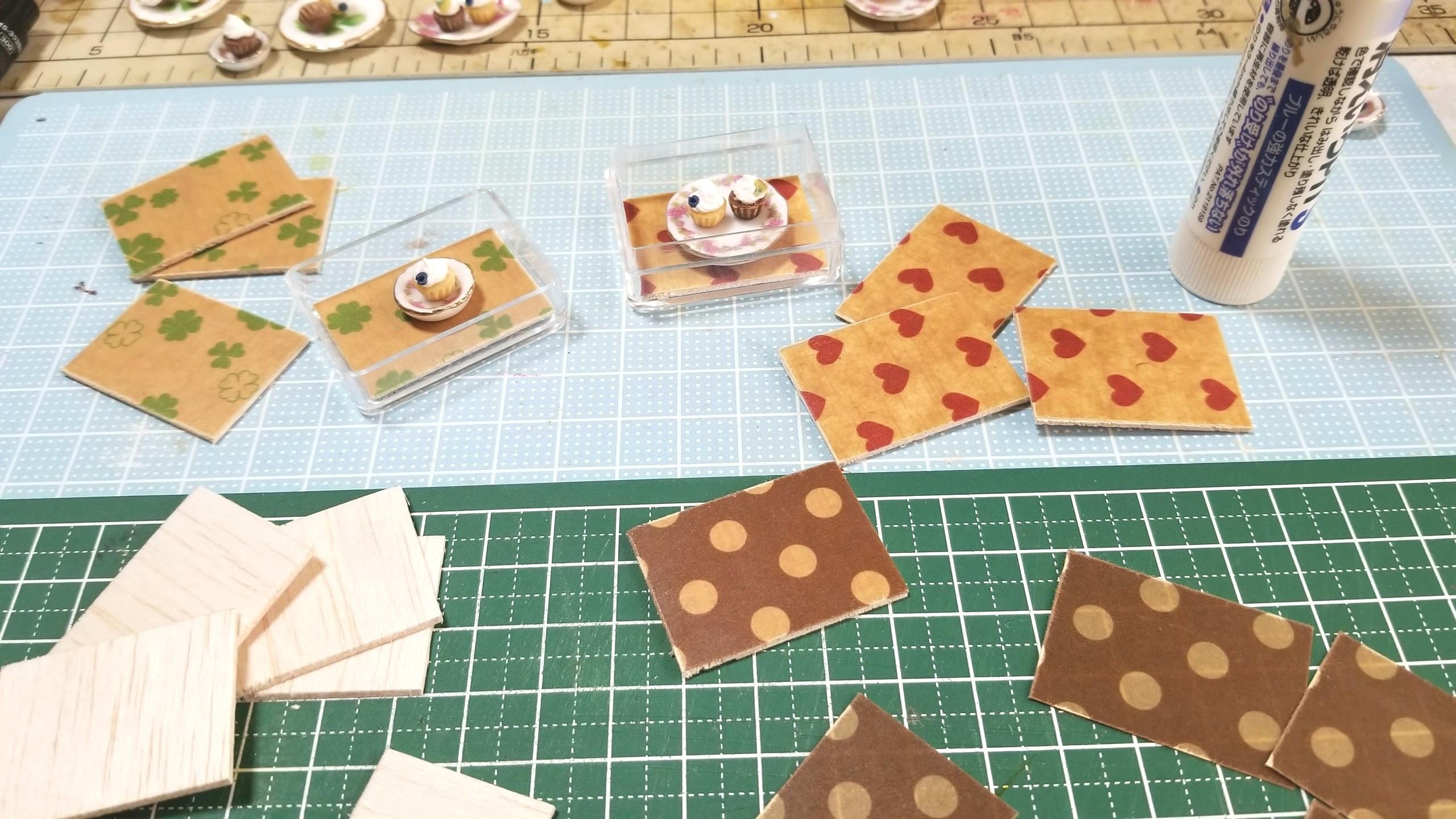カップケーキ,ミニチュアフード,土台,折り紙,作り方,ドール,人形