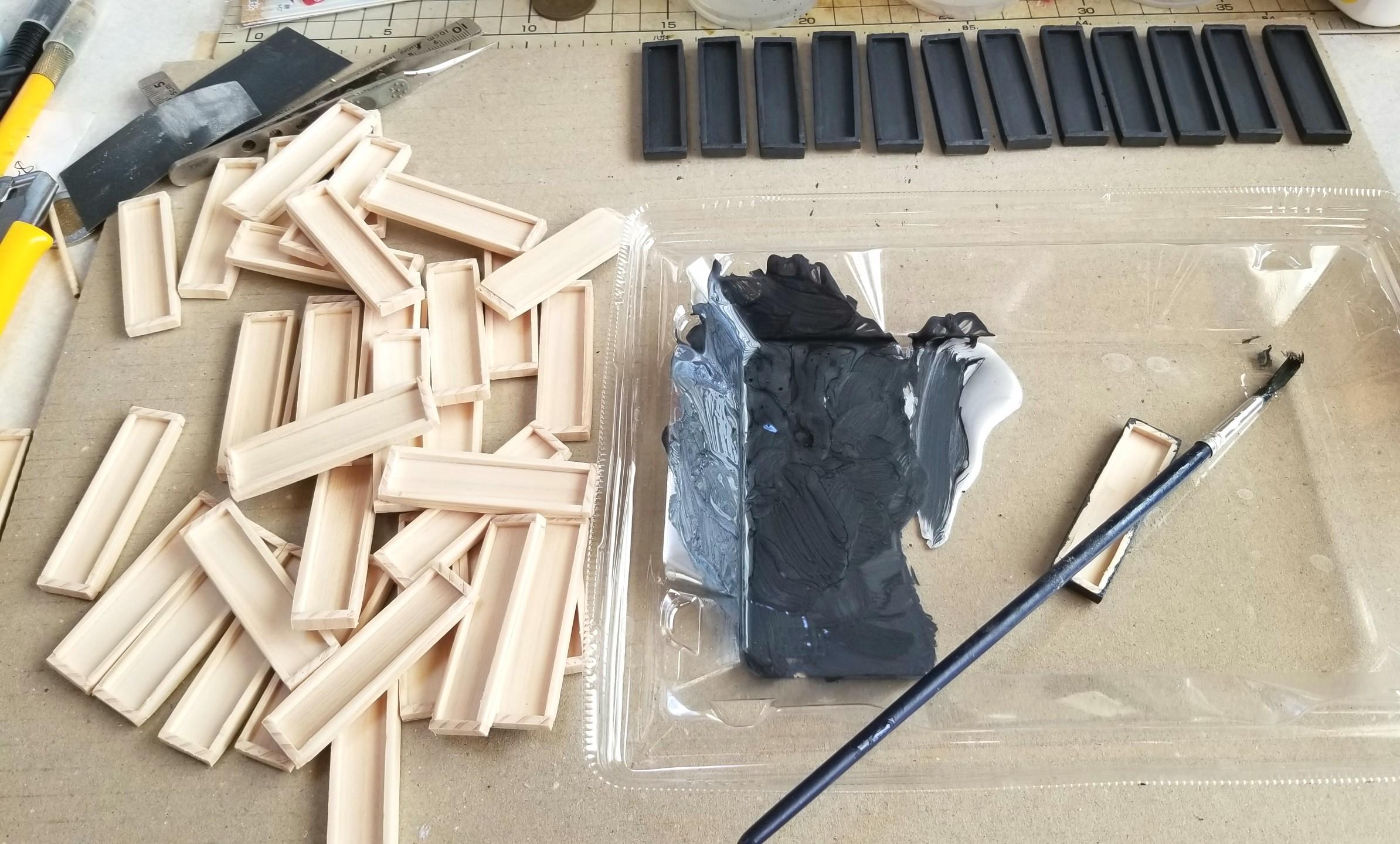 ミニチュアフード,木工作業,木製トレー,箱,作り方,スプラッタリング