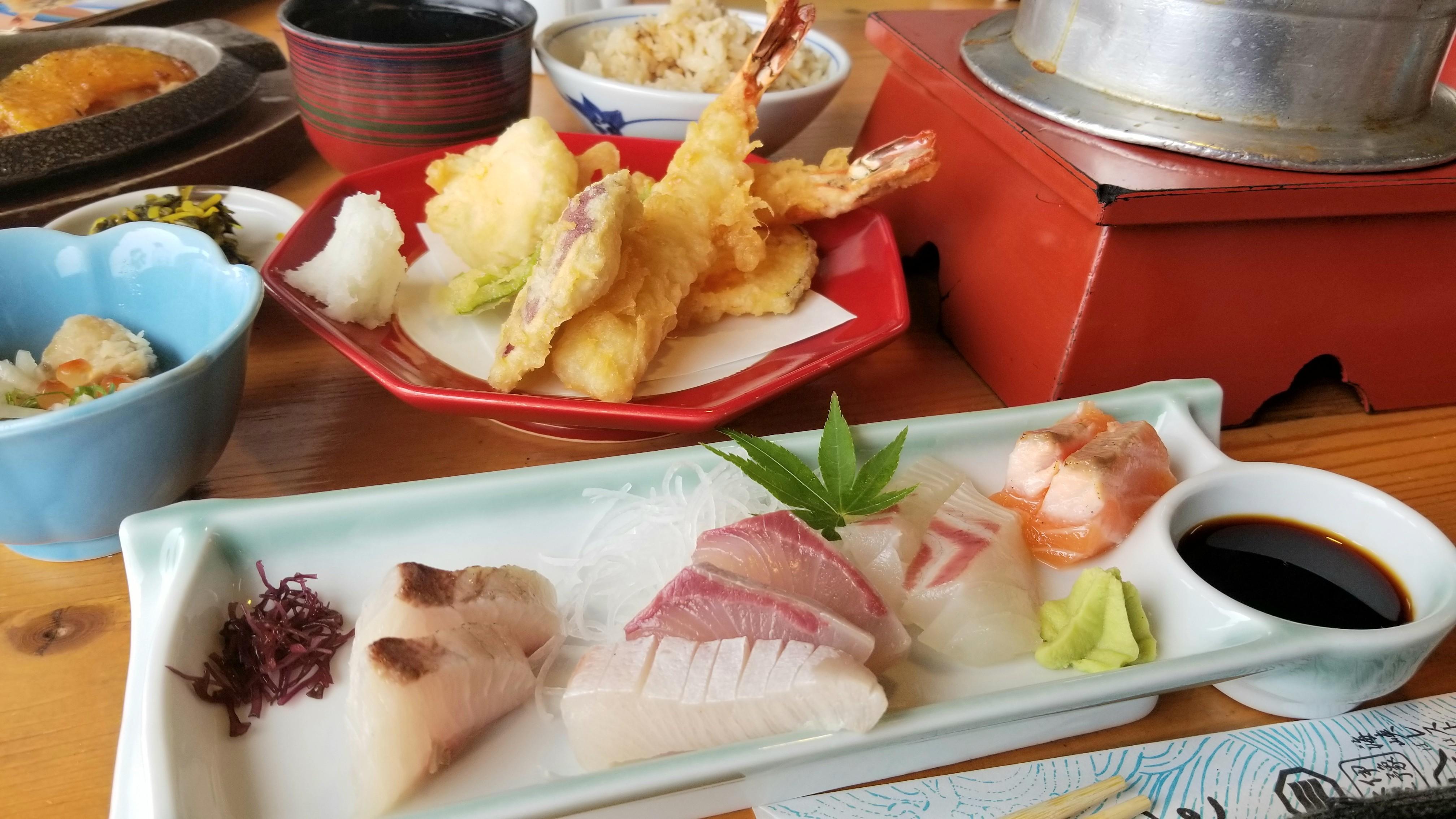 四国愛媛の美味しい海鮮料理天ぷらお刺身鯛めし釜ご飯今治市伊像水軍
