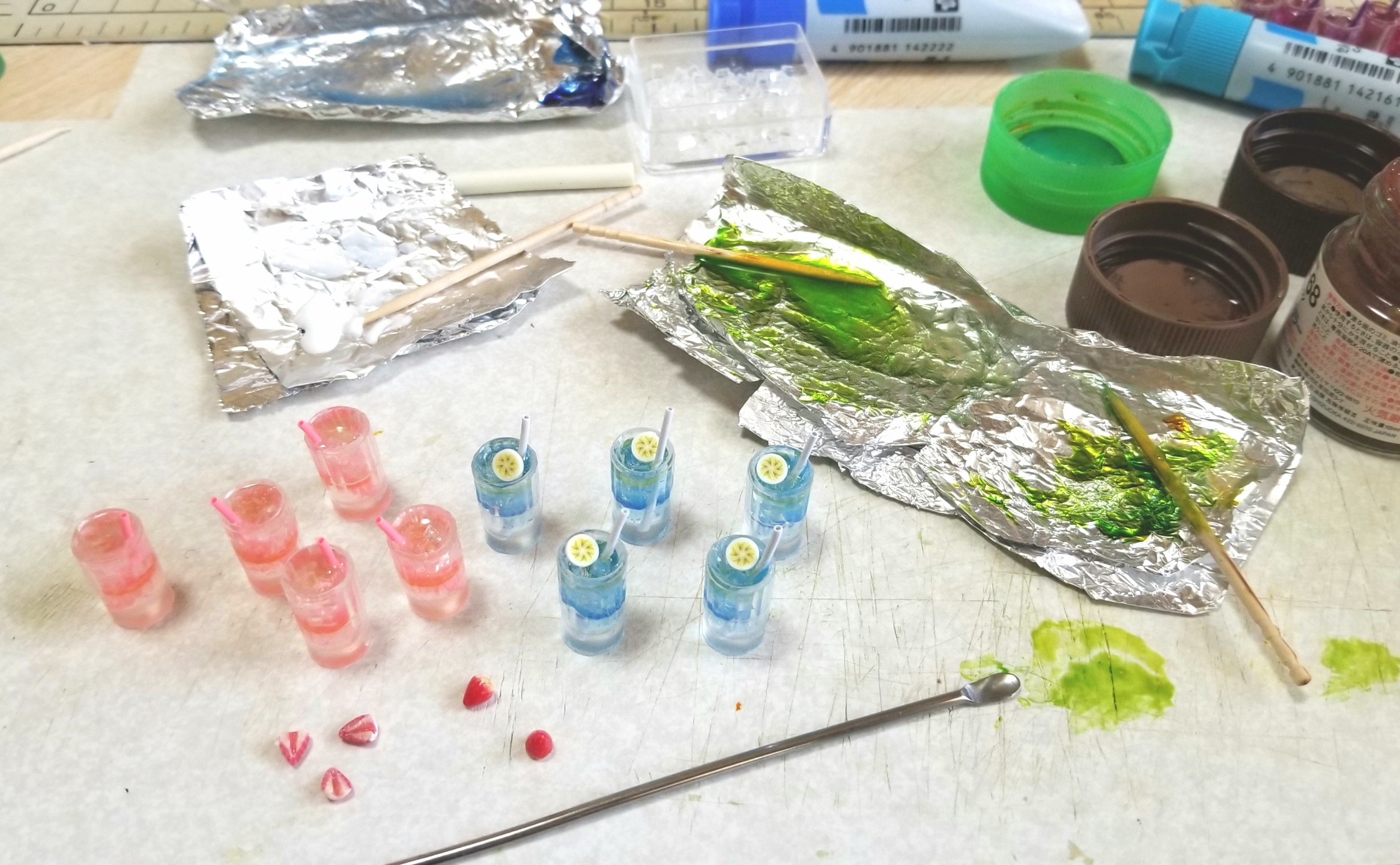 ミニチュア飲み物,ジュース,作り方,材料や道具の使い方,着色,ブログ
