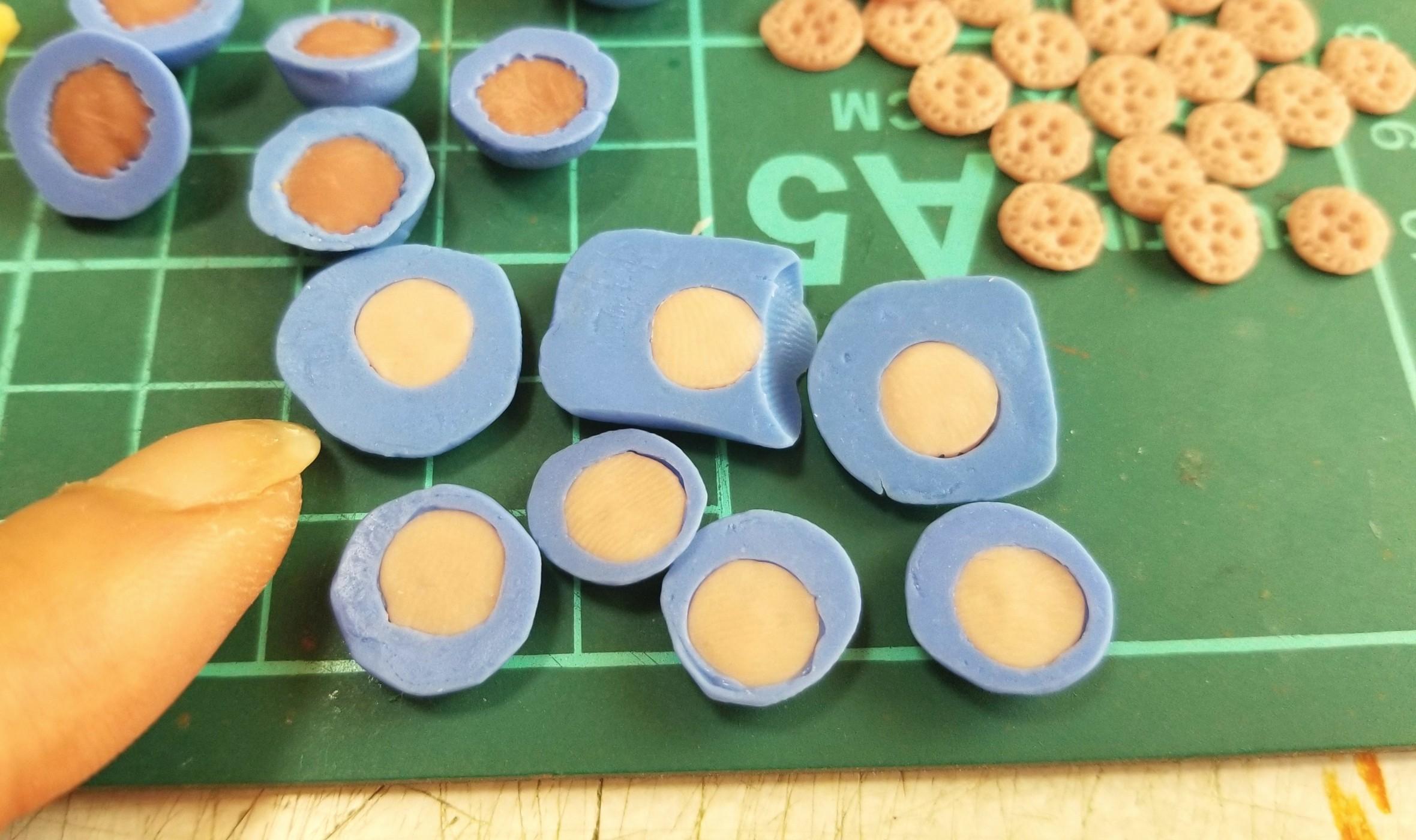 ミニチュア,樹脂粘土,色の違い,クッキー,配色,色が変わる,パーツ