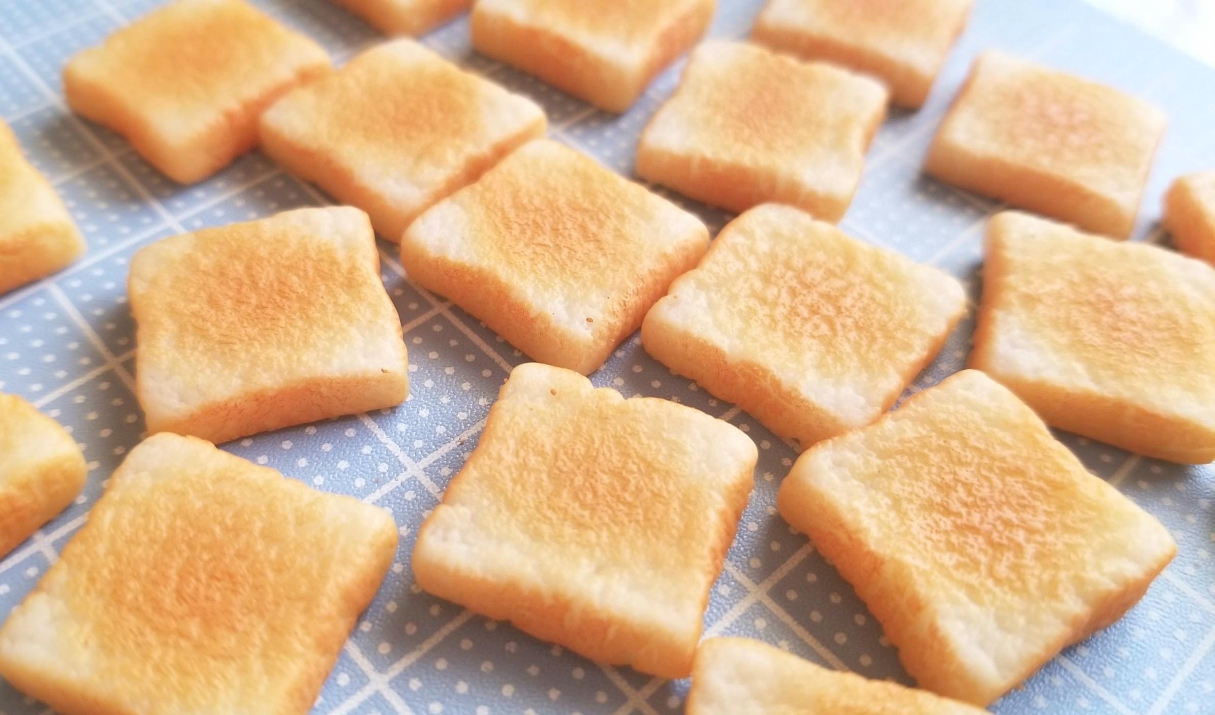 ミニチュア,食パン,トースト,作り方,樹脂粘土,フェイクフード,着色