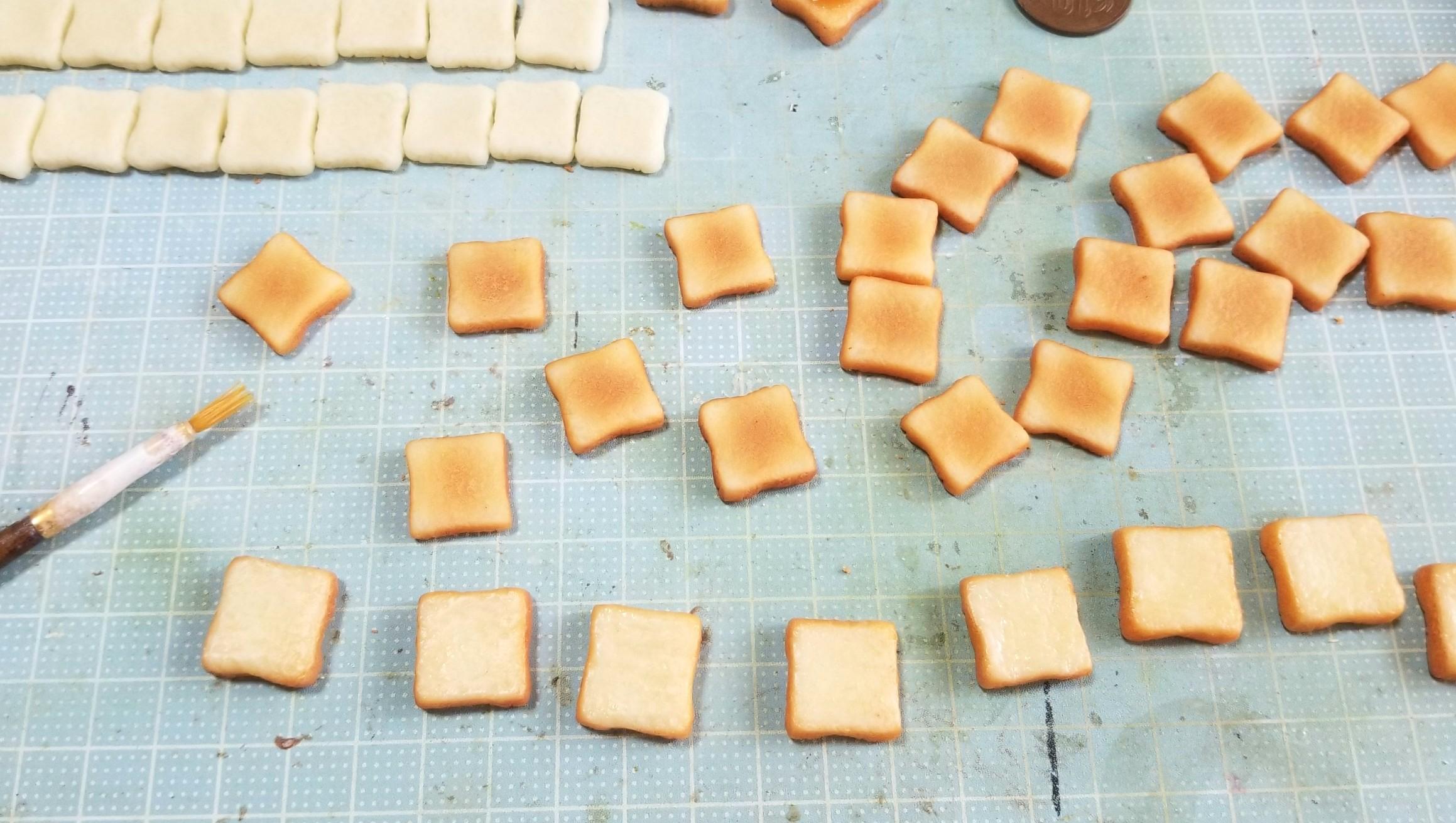 食パン,トーストの着色,ミニチュアフード,樹脂粘土,作り方,焼く