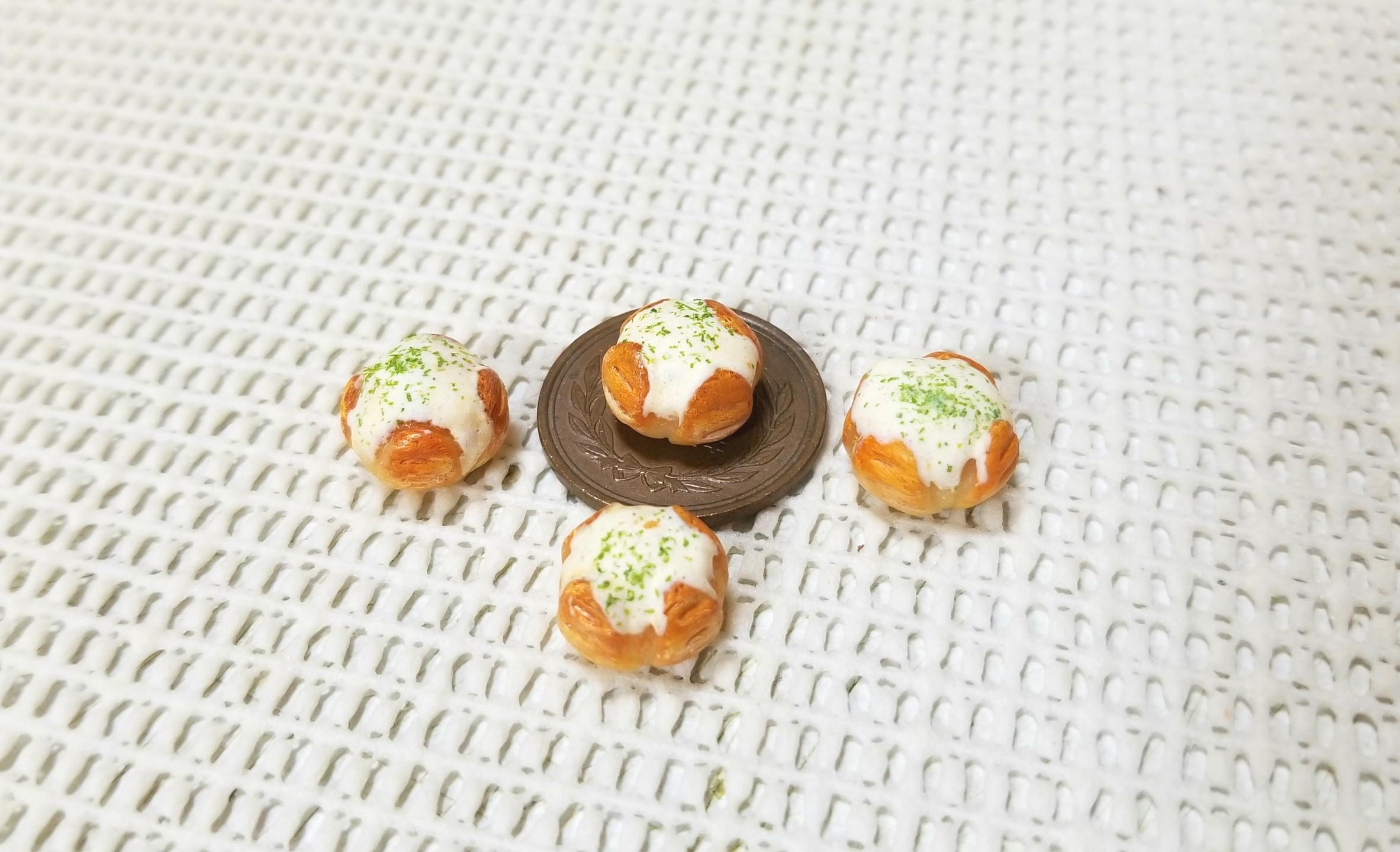 ミニチュアフード,カマンベールチーズパン,樹脂粘土,フェイクフード