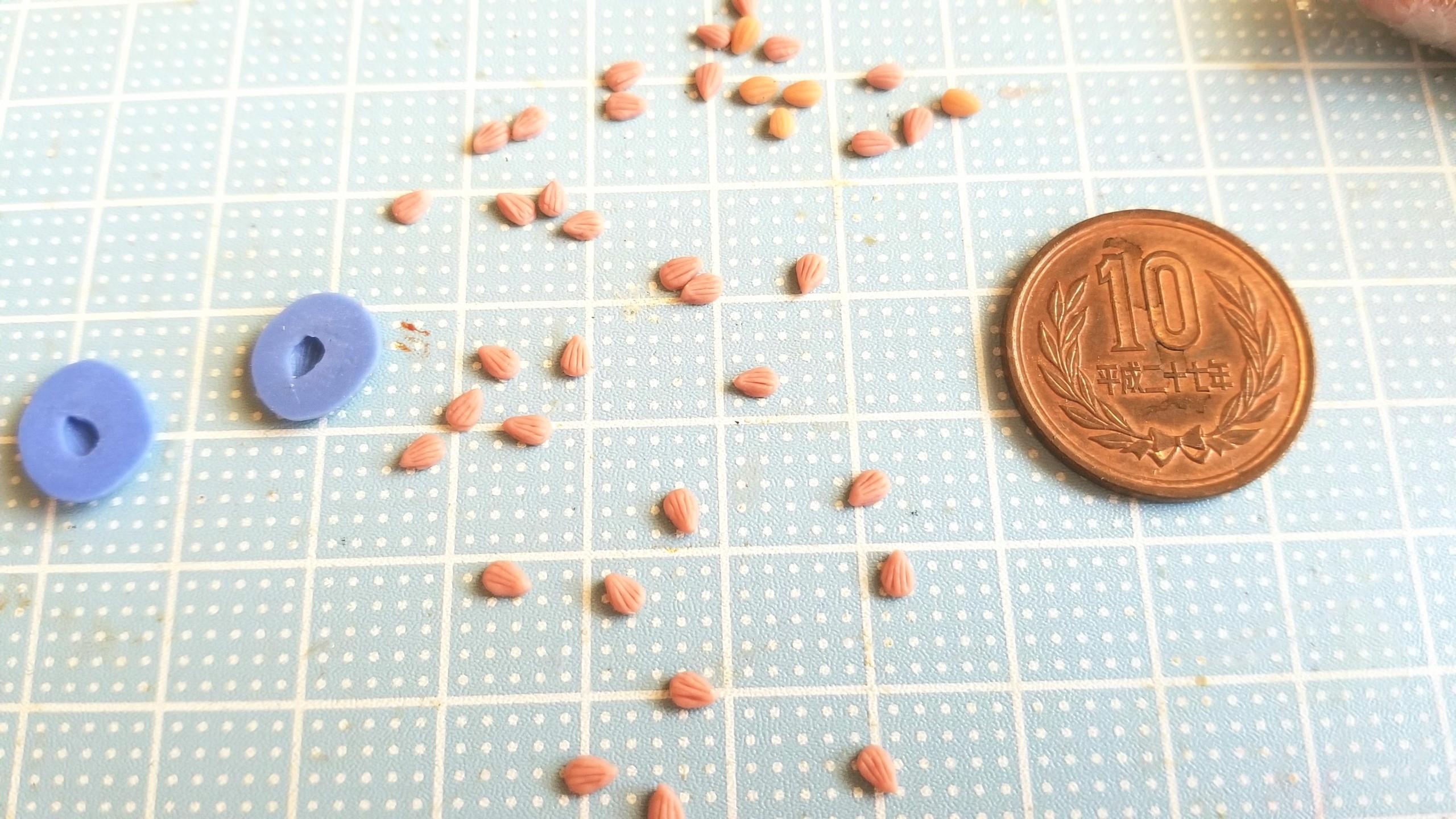 ミニチュアフード,アーモンドくちばしの作り方,樹脂粘土,手間ひま