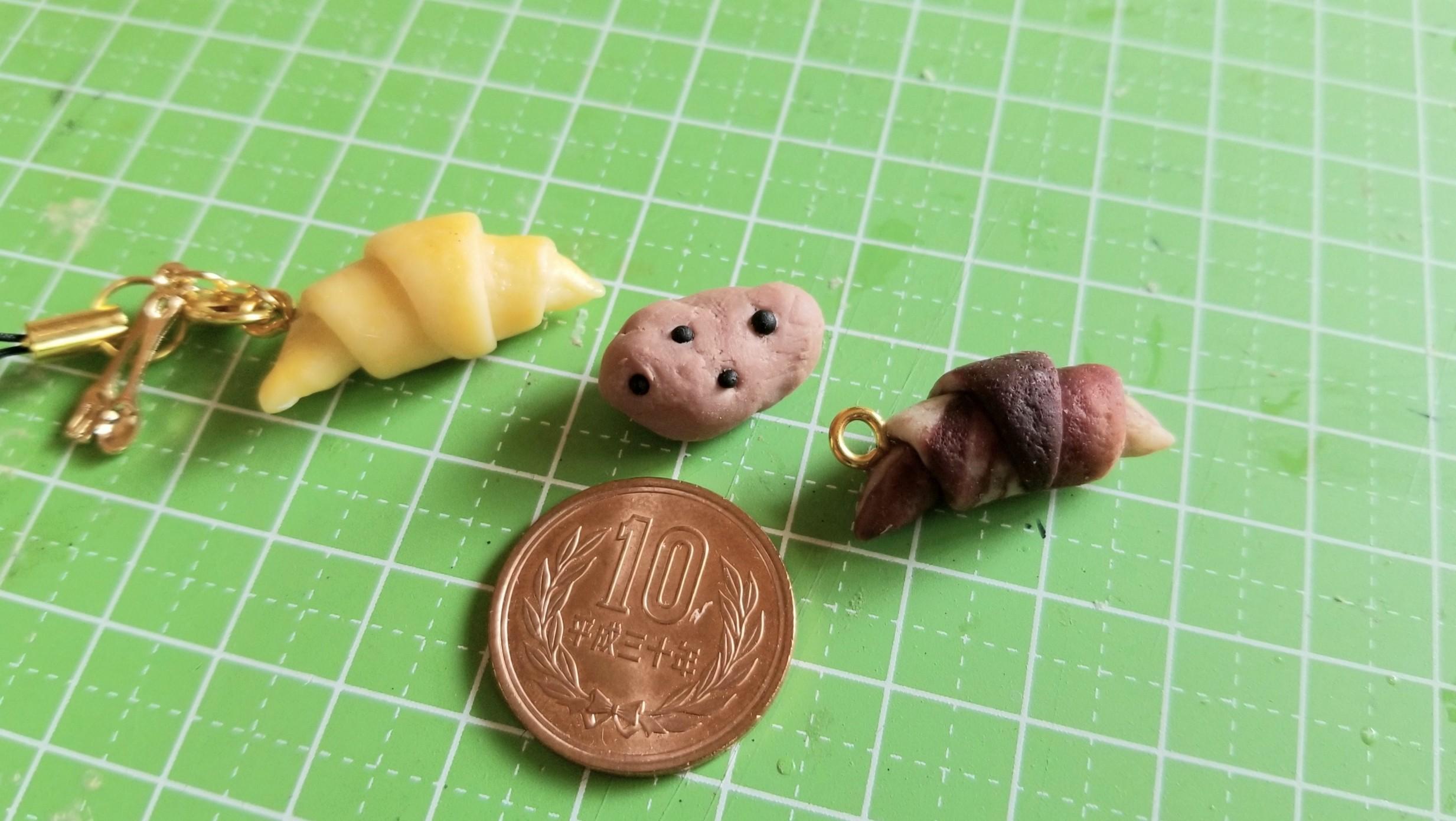 おば初めてのミニチュアフード樹脂粘土手作りパンクロワッサン