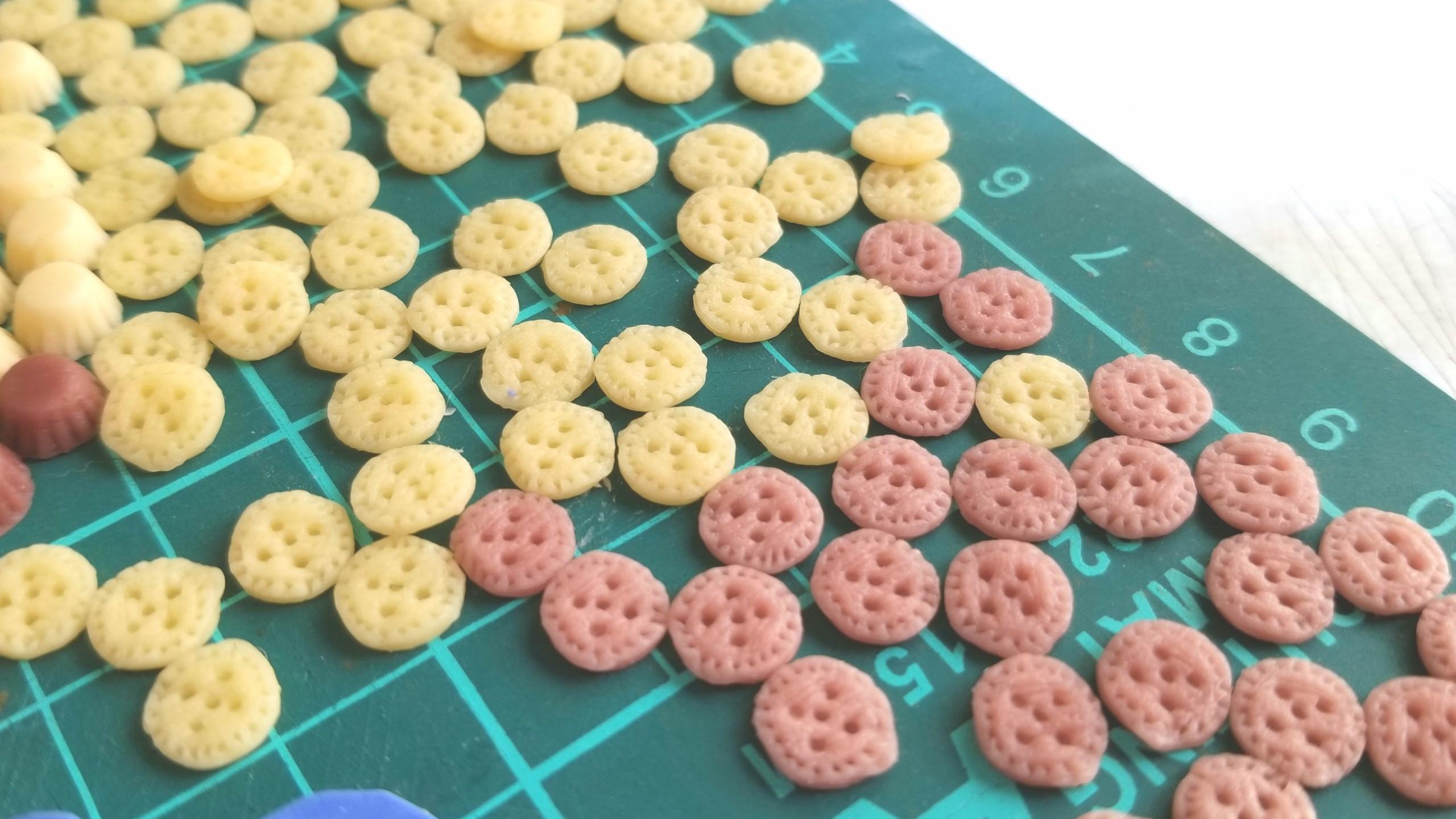 ミニチュア,ボタン柄クッキーサンド,作り方,樹脂粘土,食品サンプル